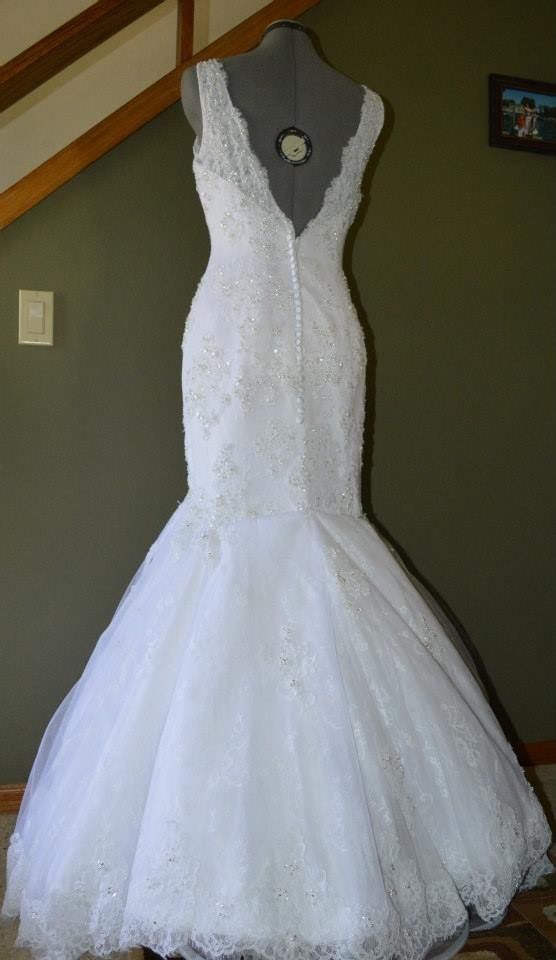 Annas tailoring studio in madison wi 608 620 3 for Wedding dress tailor near me