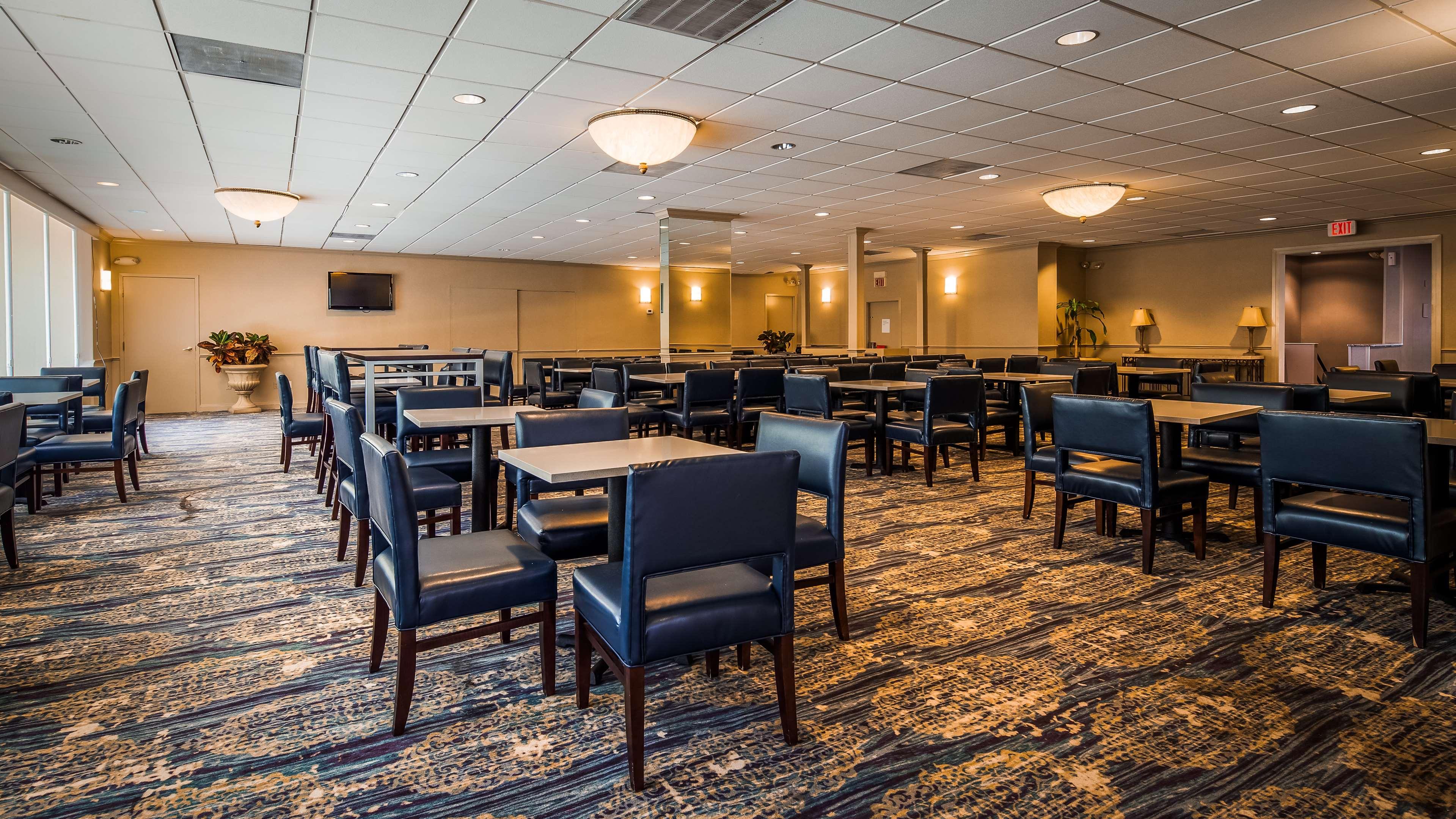 Best Western Pentagon Hotel - Reagan Airport image 1