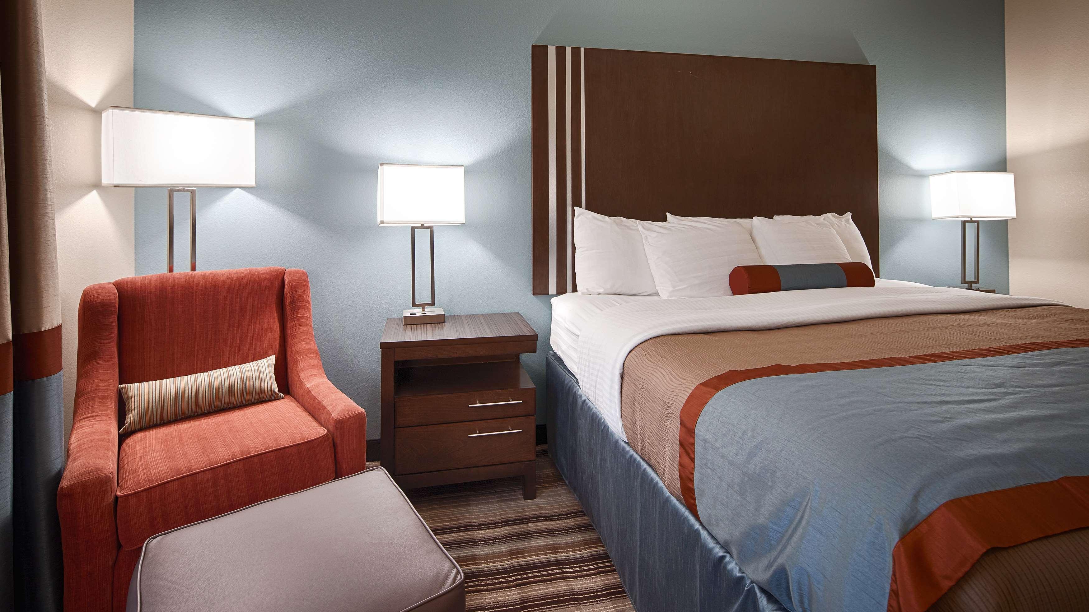 Best Western Plus Washington Hotel image 11
