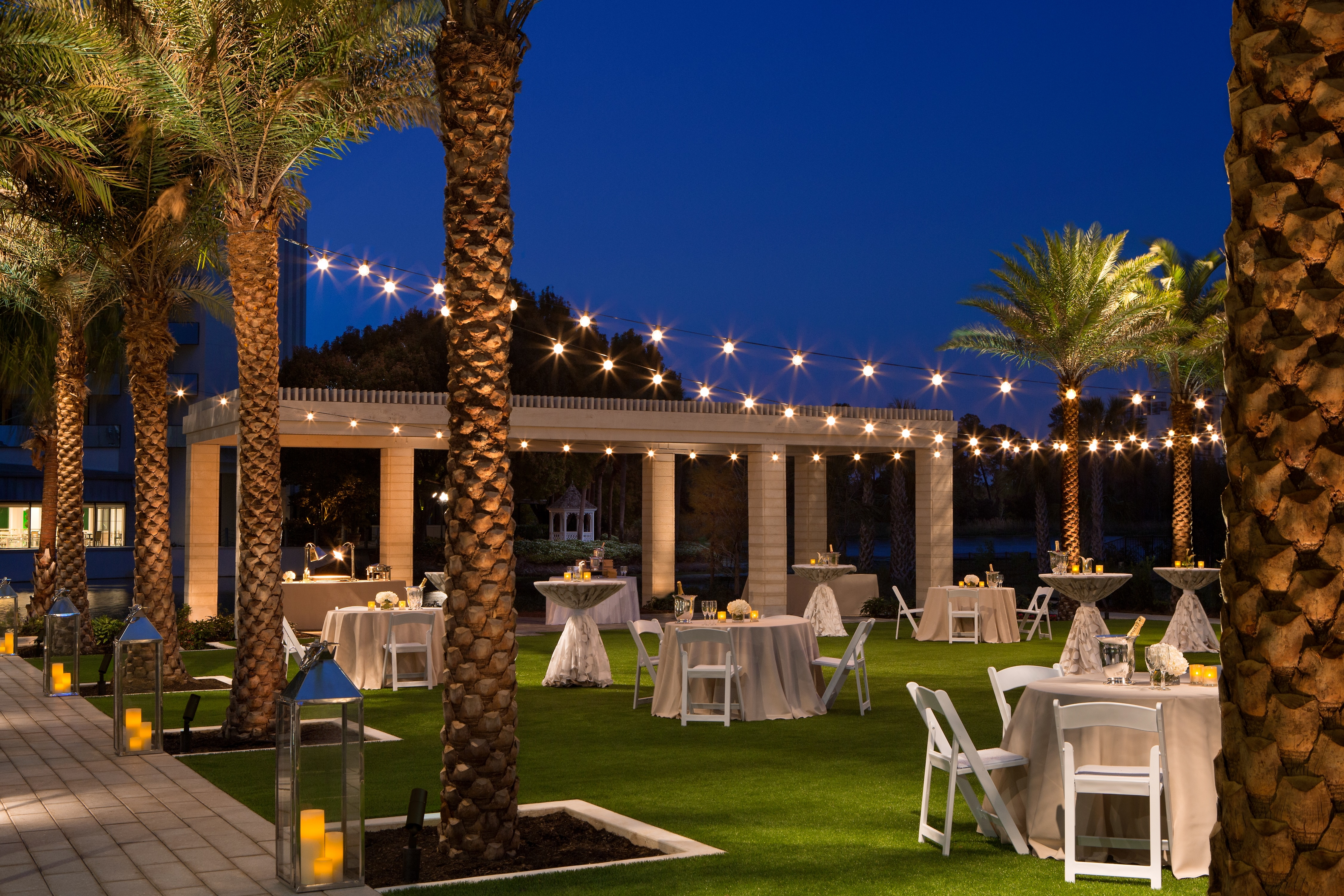 Hilton Orlando Buena Vista Palace Disney Springs Area At