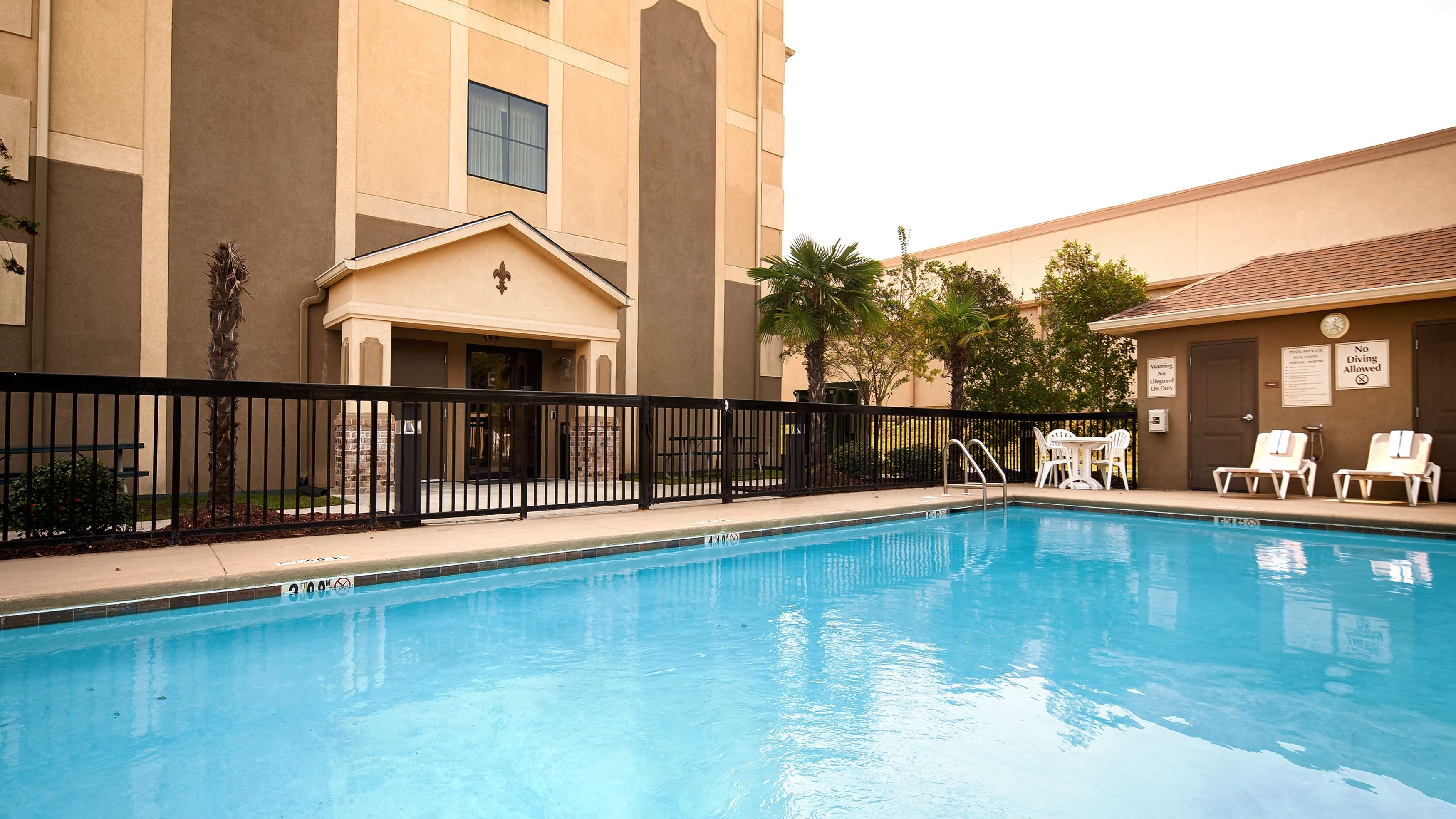 Best Western St. Francisville Hotel image 9