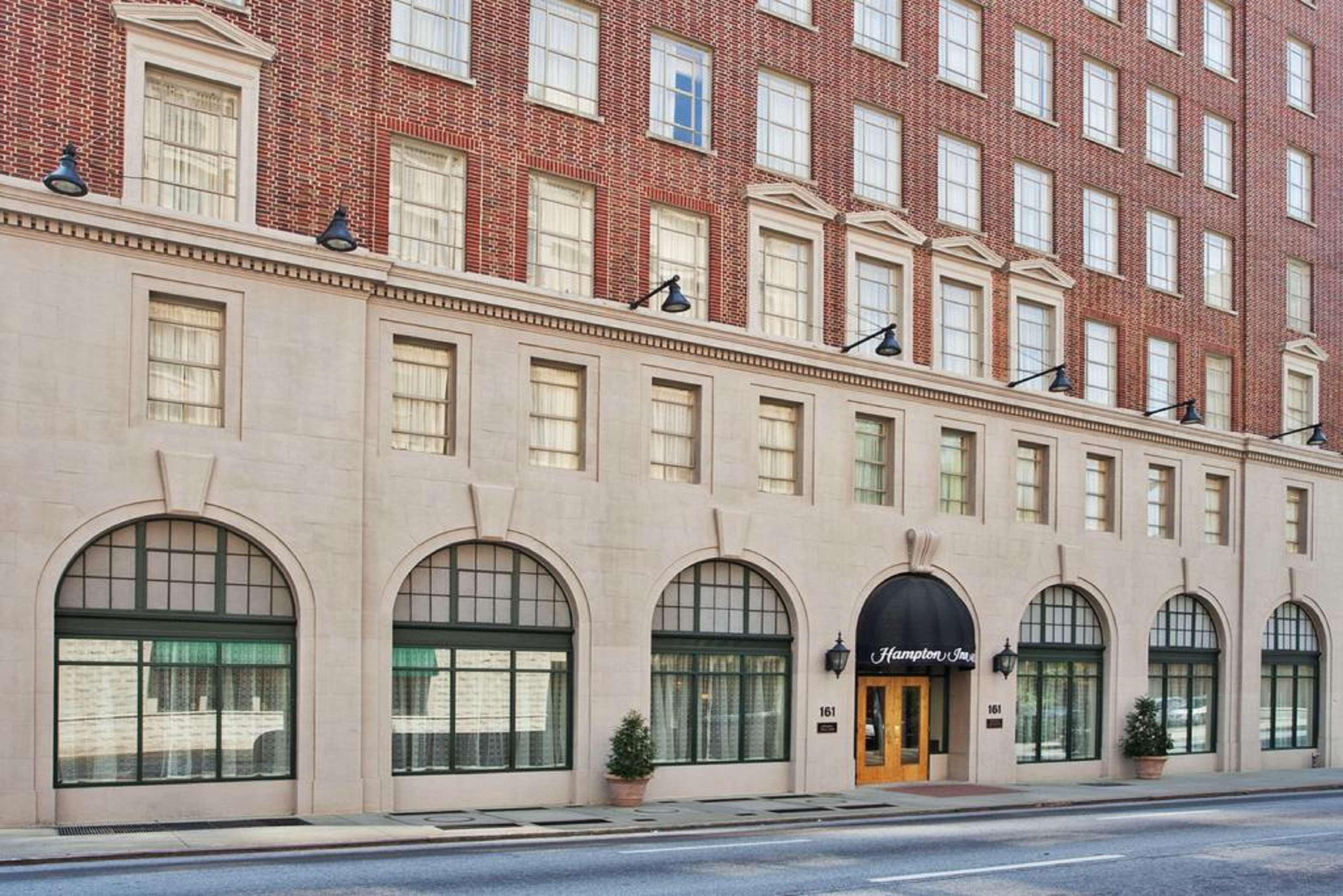 Hampton Inn & Suites Atlanta-Downtown in Atlanta, GA, photo #1
