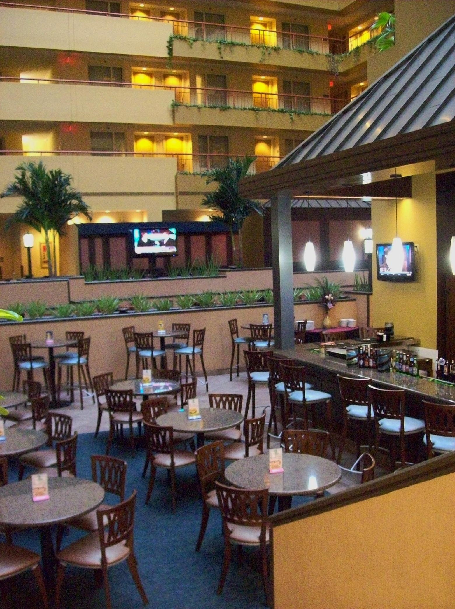 Embassy Suites by Hilton Baltimore at BWI Airport image 10