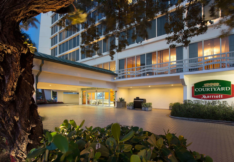 Courtyard by Marriott Fort Lauderdale Beach image 11