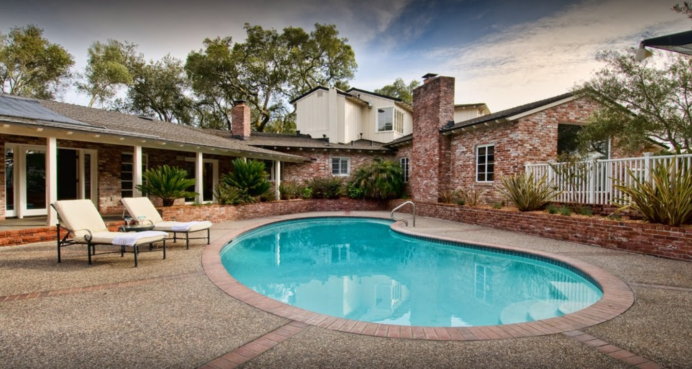 Tyler 39 s pool home care in omaha ne whitepages for Phoenix swimming pool white city