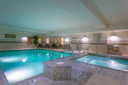 Country Inn & Suites by Radisson, Lexington Park (Patuxent River Naval Air Station), MD image 0