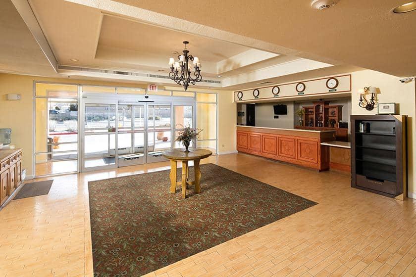 Baymont Inn & Suites Albuquerque Airport image 4