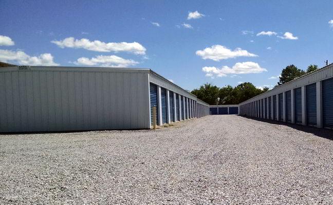10' x 30' Large Self Service Storage Units in Montgomery, Alabama.