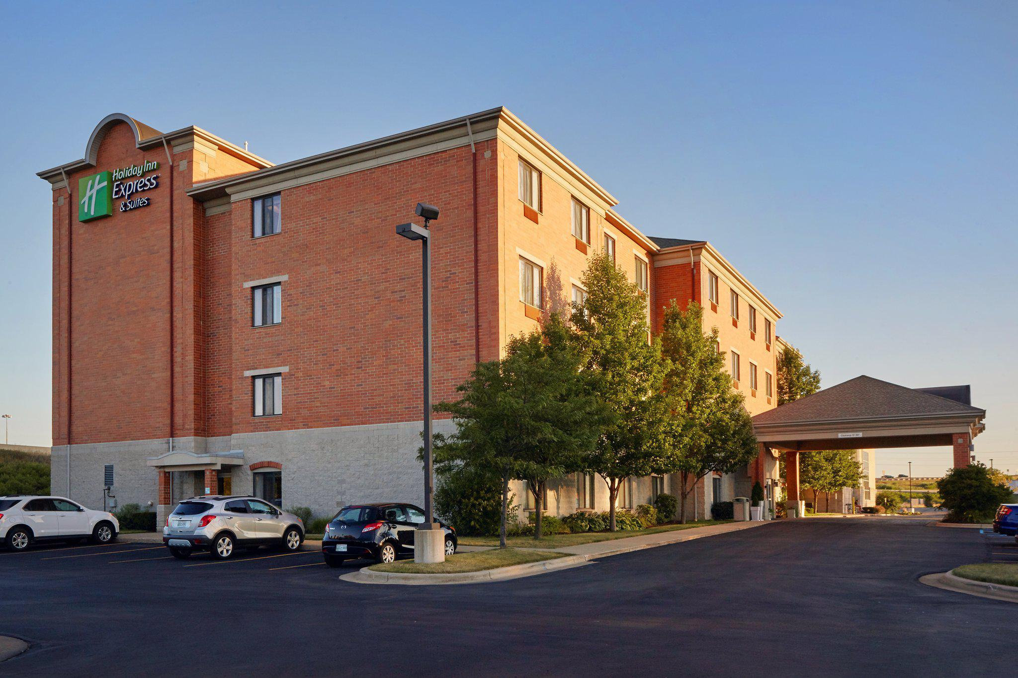 Holiday Inn Express & Suites Grand Rapids - South in Grand Rapids, MI, photo #2