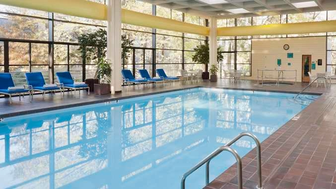 Doubletree By Hilton Hotel Kansas City Overland Park In Overland Park Ks Whitepages
