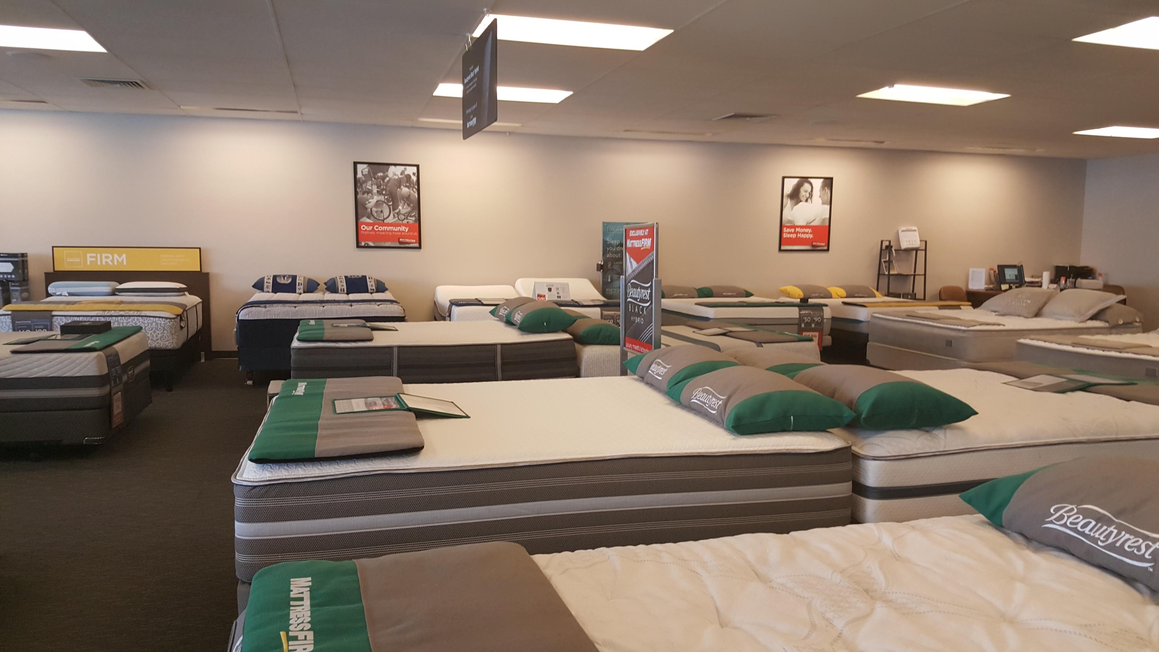 Mattress Firm Elmhurst Clearance image 9