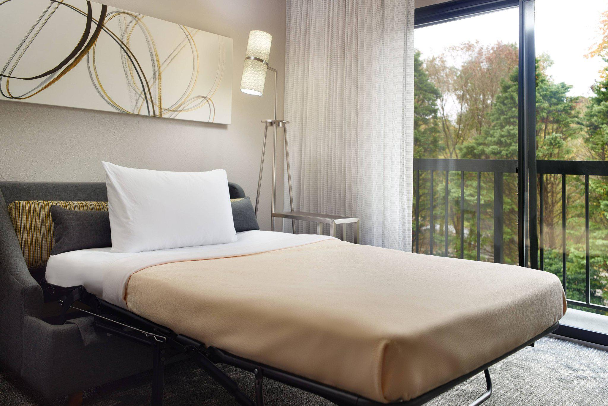 Courtyard by Marriott Raleigh Cary