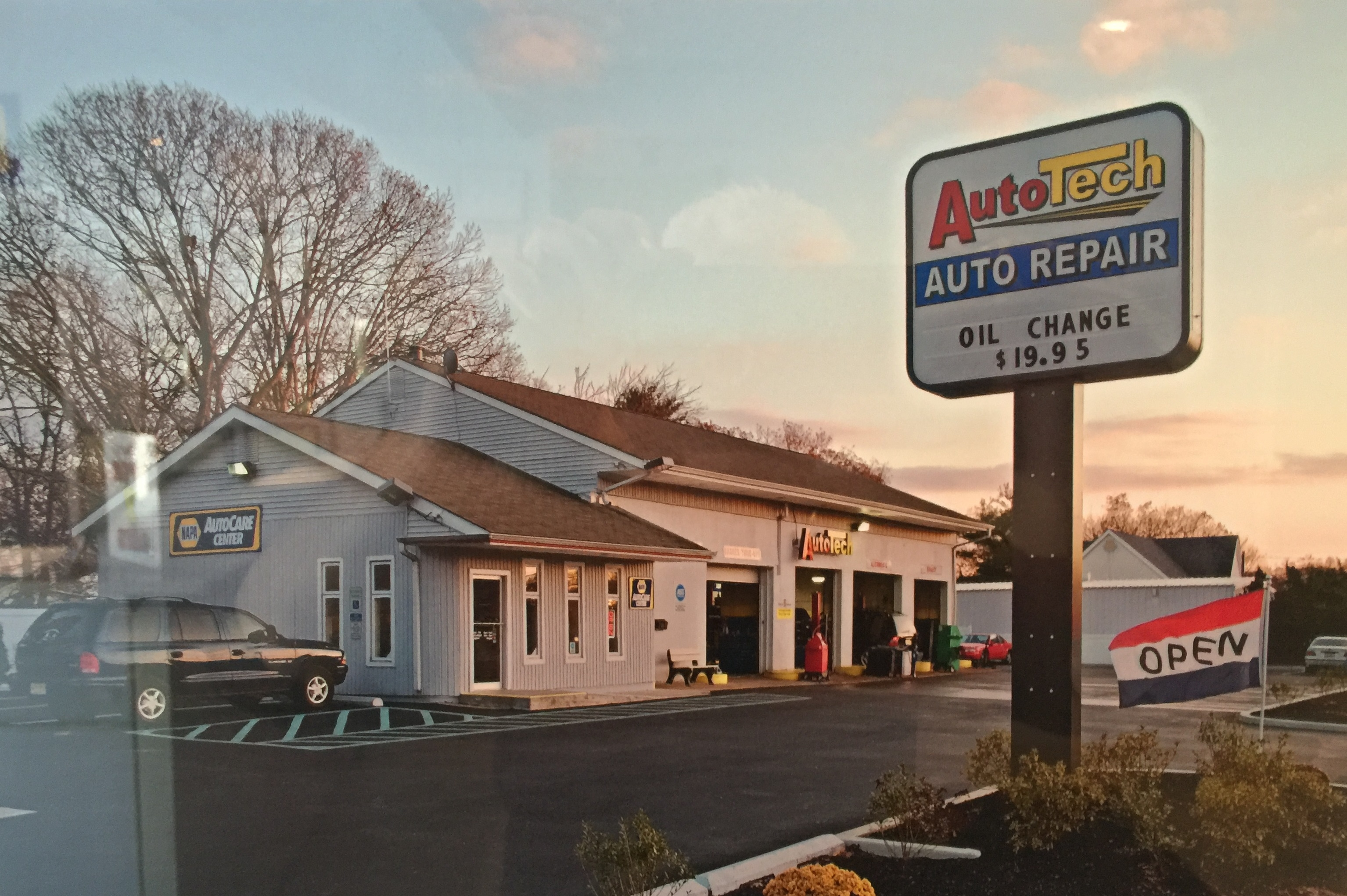 Auto Tech Tire & Service Center image 1