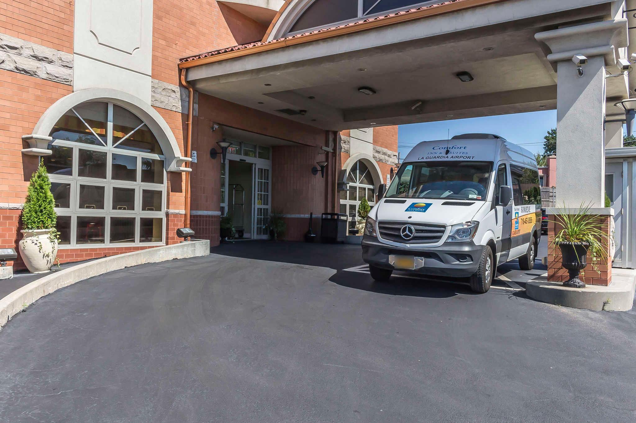 Comfort Inn & Suites LaGuardia Airport