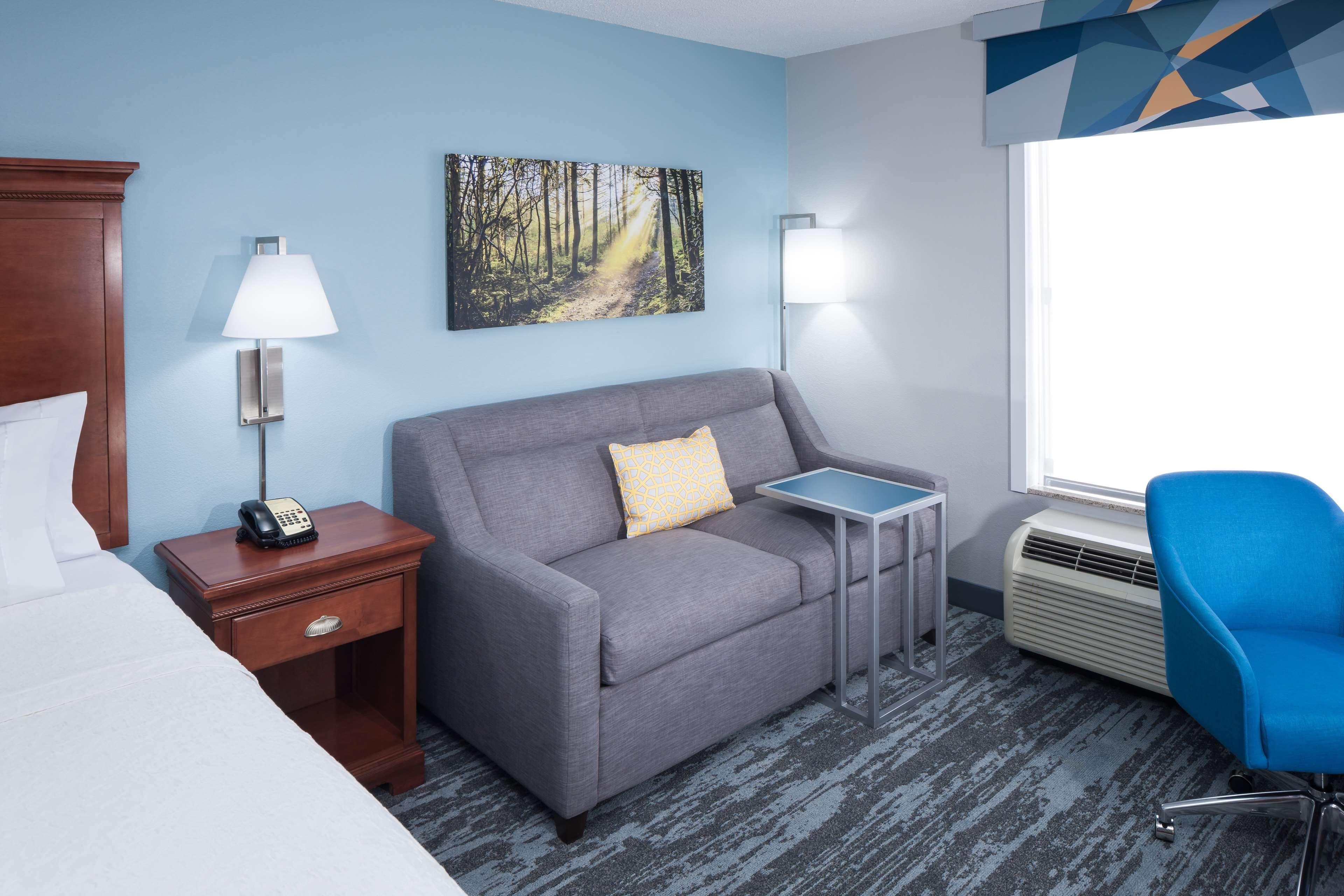 Hampton Inn & Suites Jackson image 17