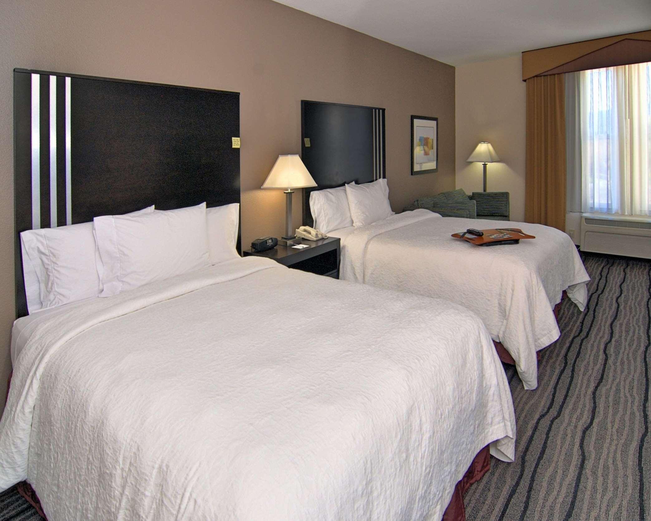 Hampton Inn & Suites Mountain View image 16