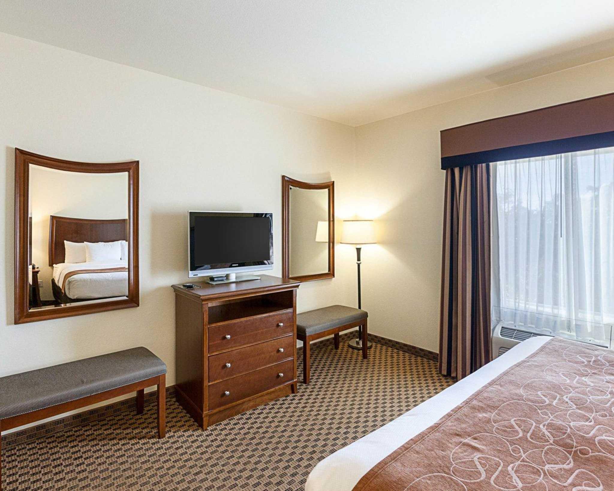Comfort Suites San Antonio North - Stone Oak image 25
