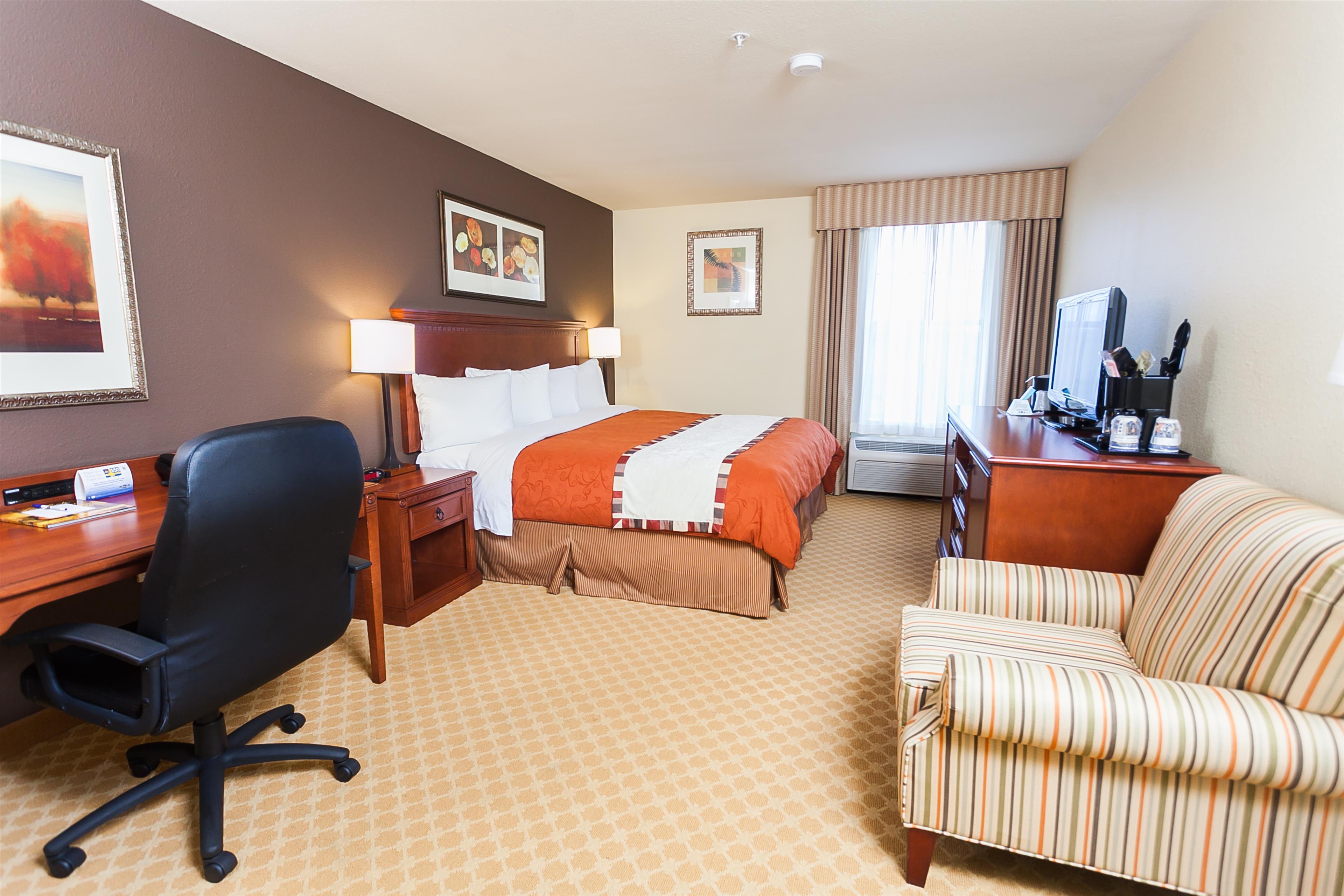 Best Western Plus Georgetown Inn & Suites image 11