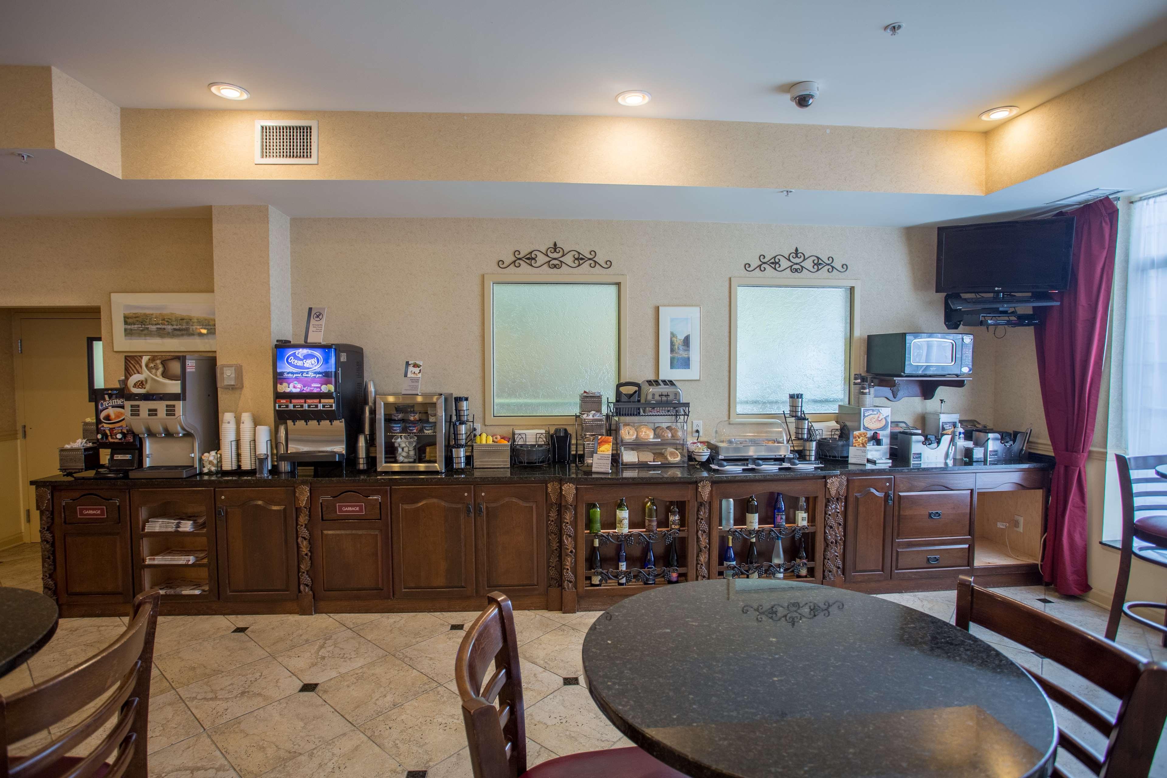 Best Western Plus Vineyard Inn & Suites image 14
