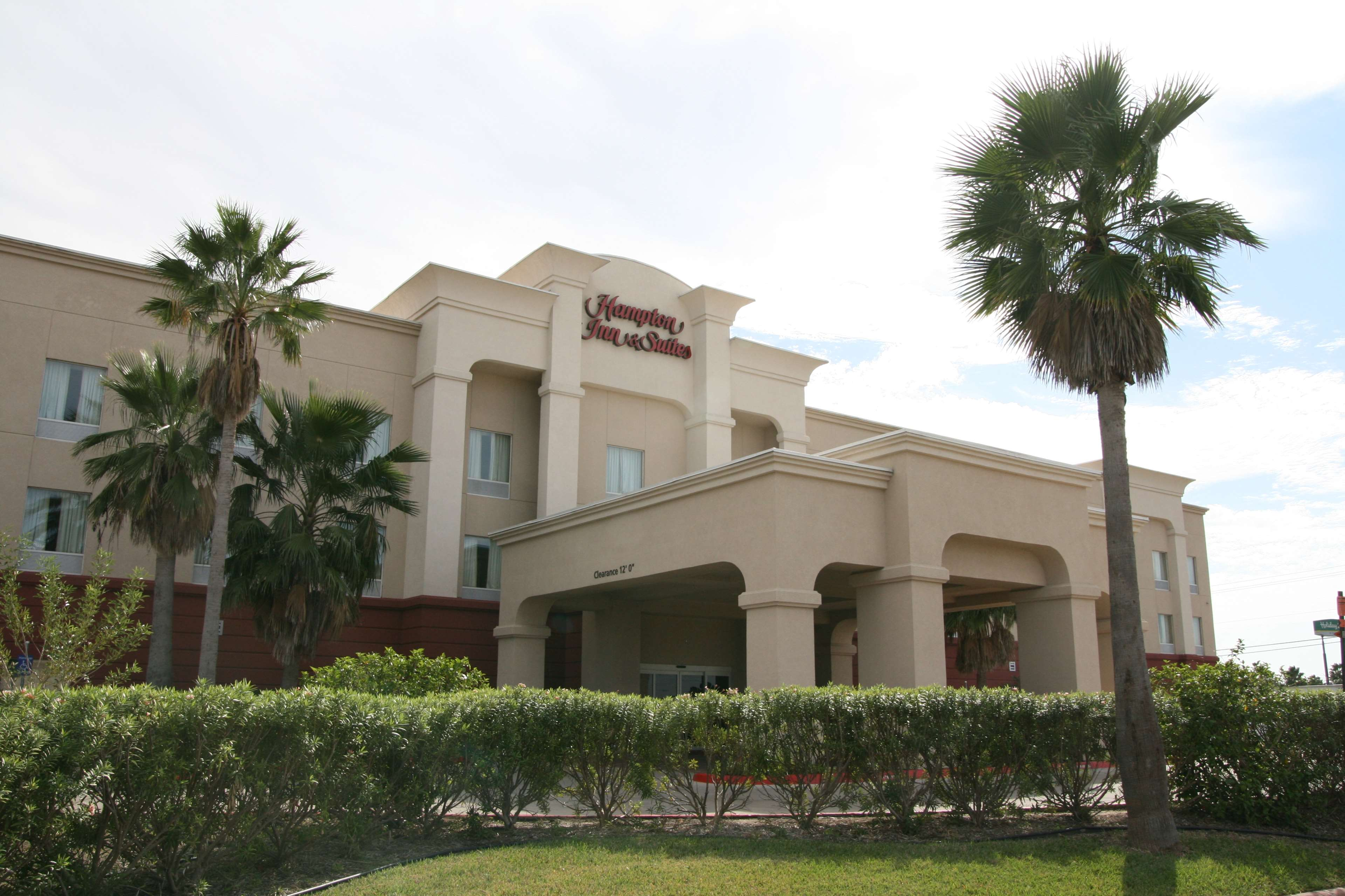 Hampton Inn and Suites Brownsville image 1