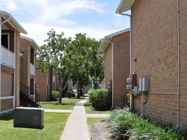 Sutton Place image 5