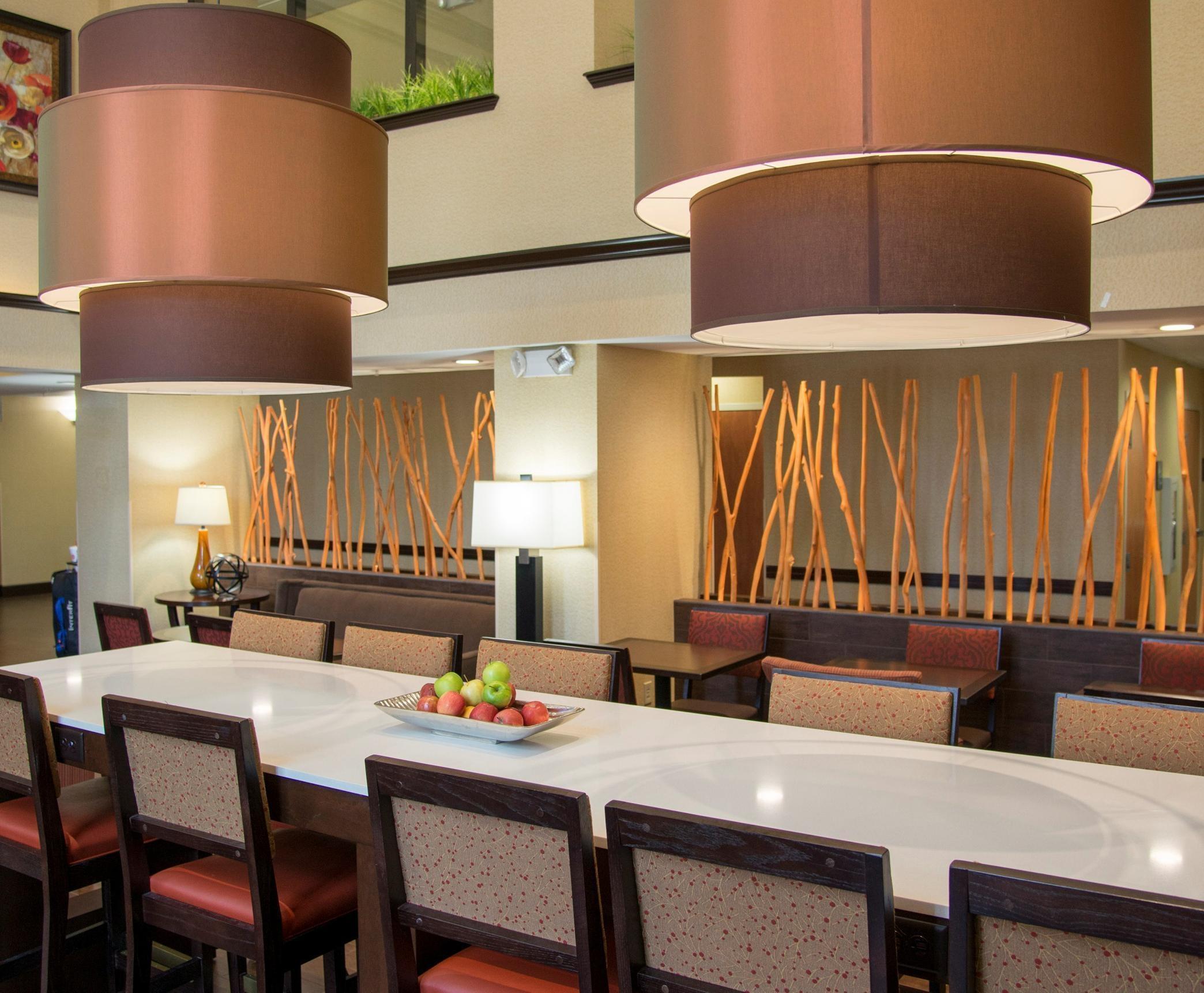 Hampton Inn Houston-Pearland image 6