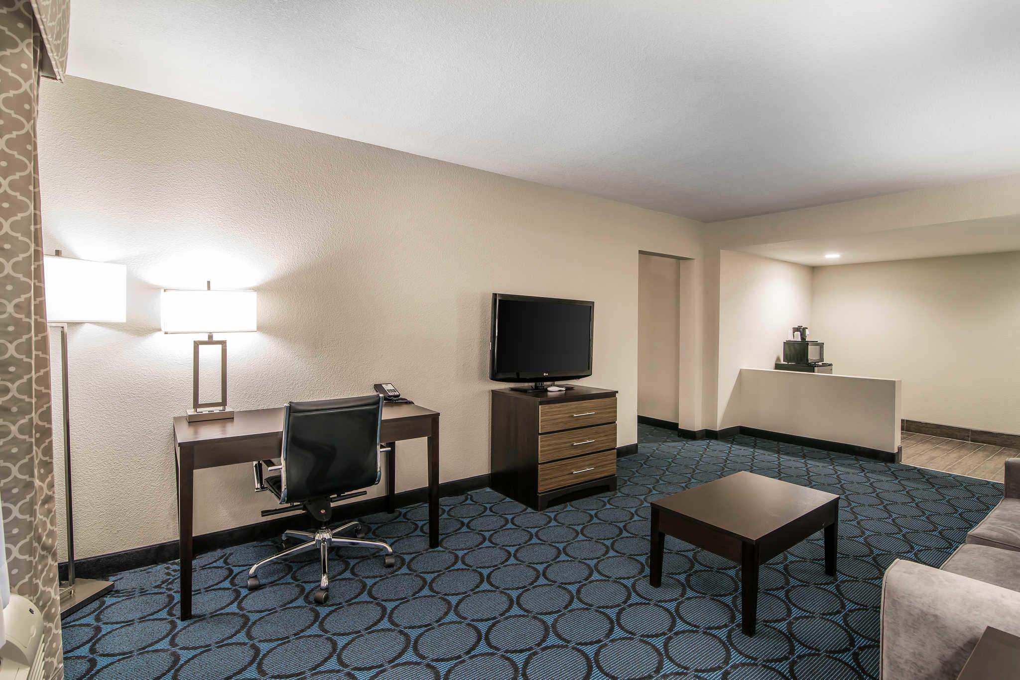 Quality Inn & Suites - Ruidoso Hwy 70 image 21