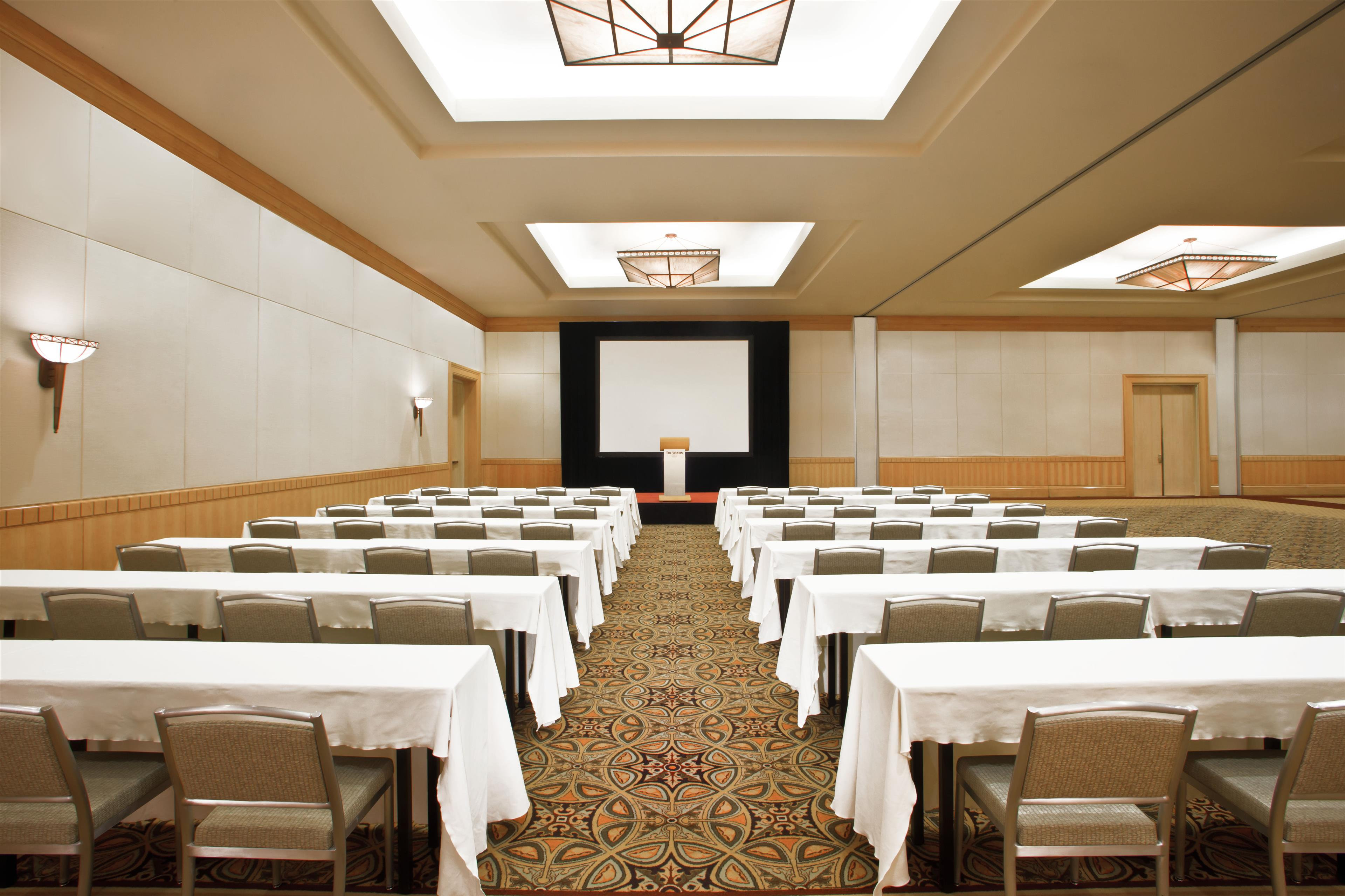 The Westin Bayshore, Vancouver in Vancouver: Stanley Park Class Room