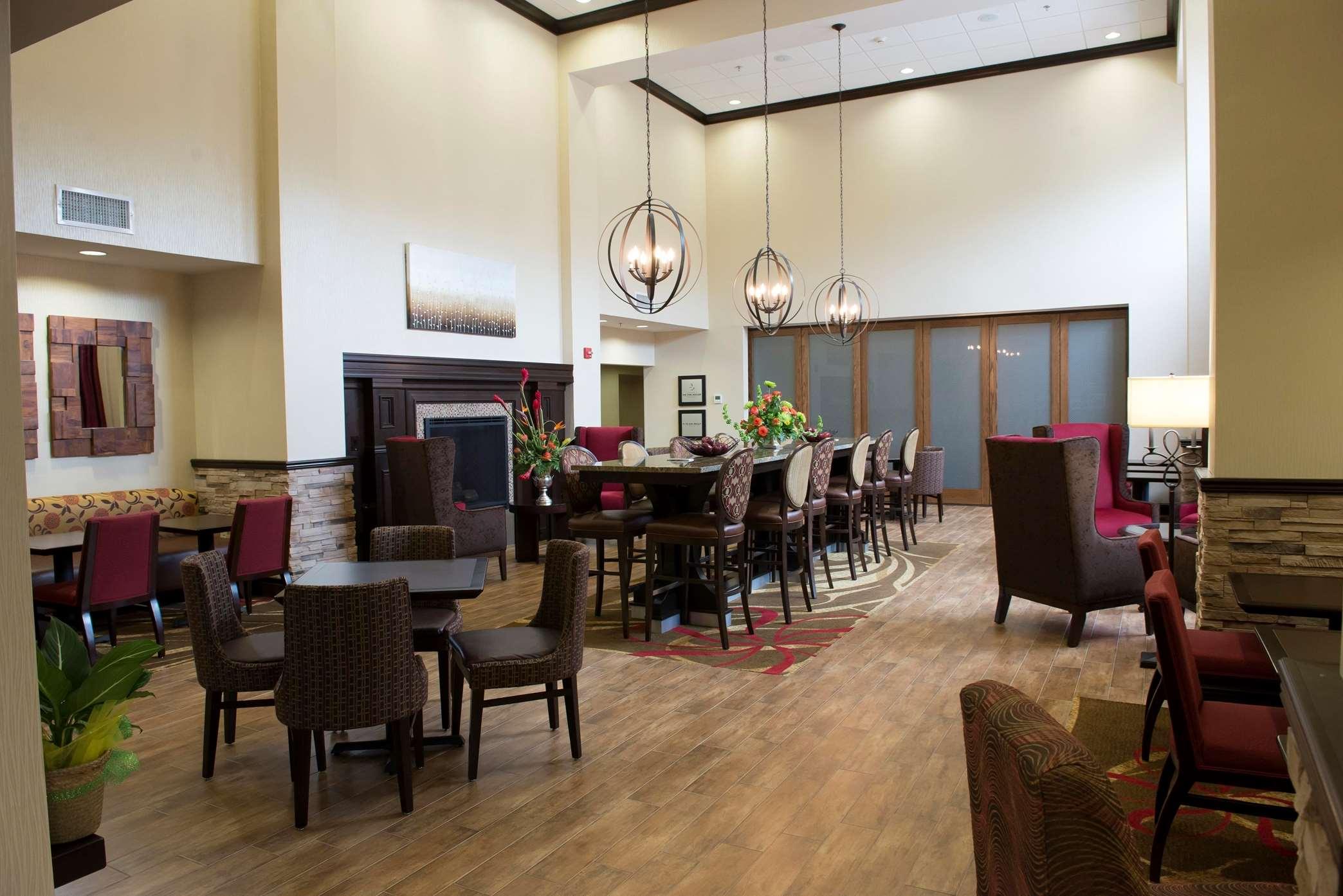 Hampton Inn & Suites Hope image 6