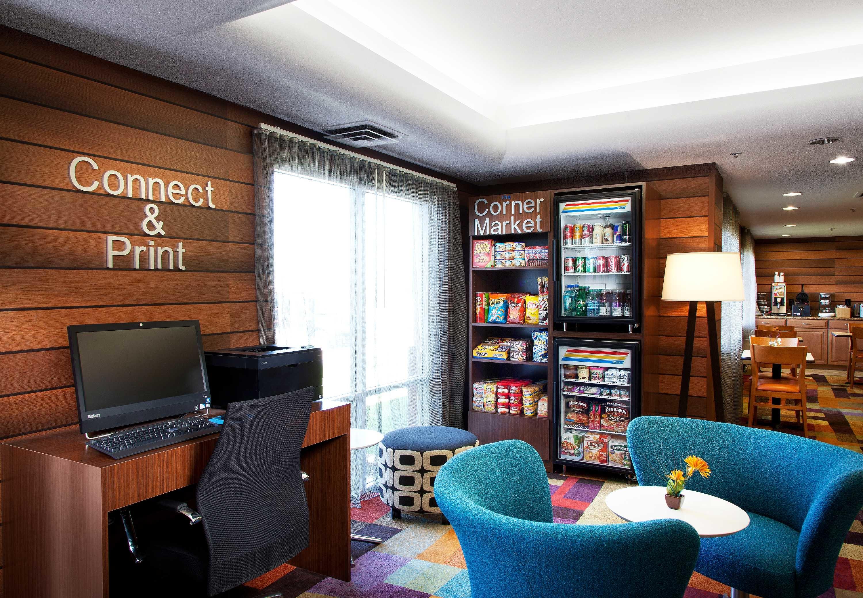 Fairfield Inn & Suites by Marriott Phoenix North image 3