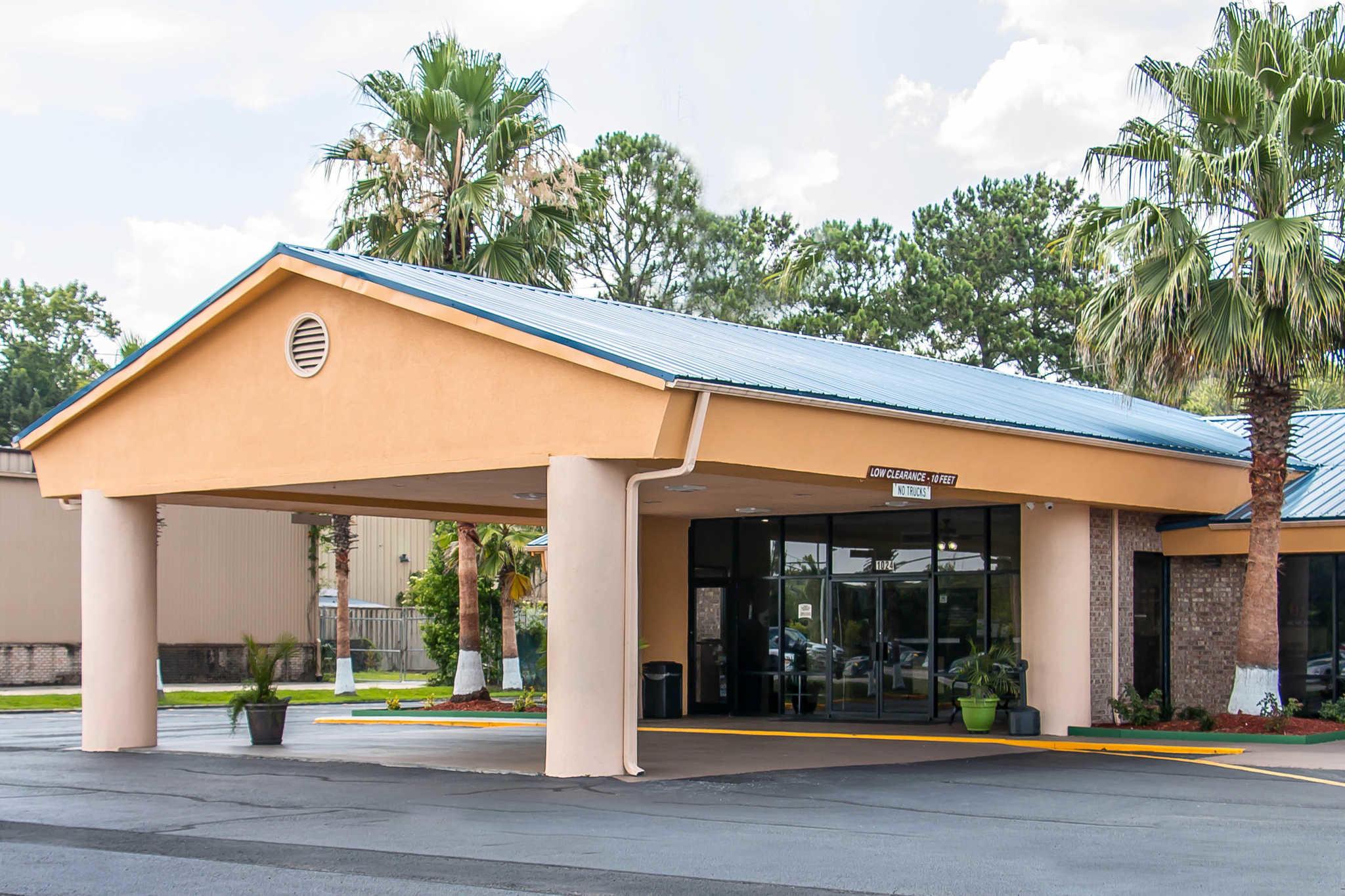 Quality Inn Hinesville - Fort Stewart Area image 0