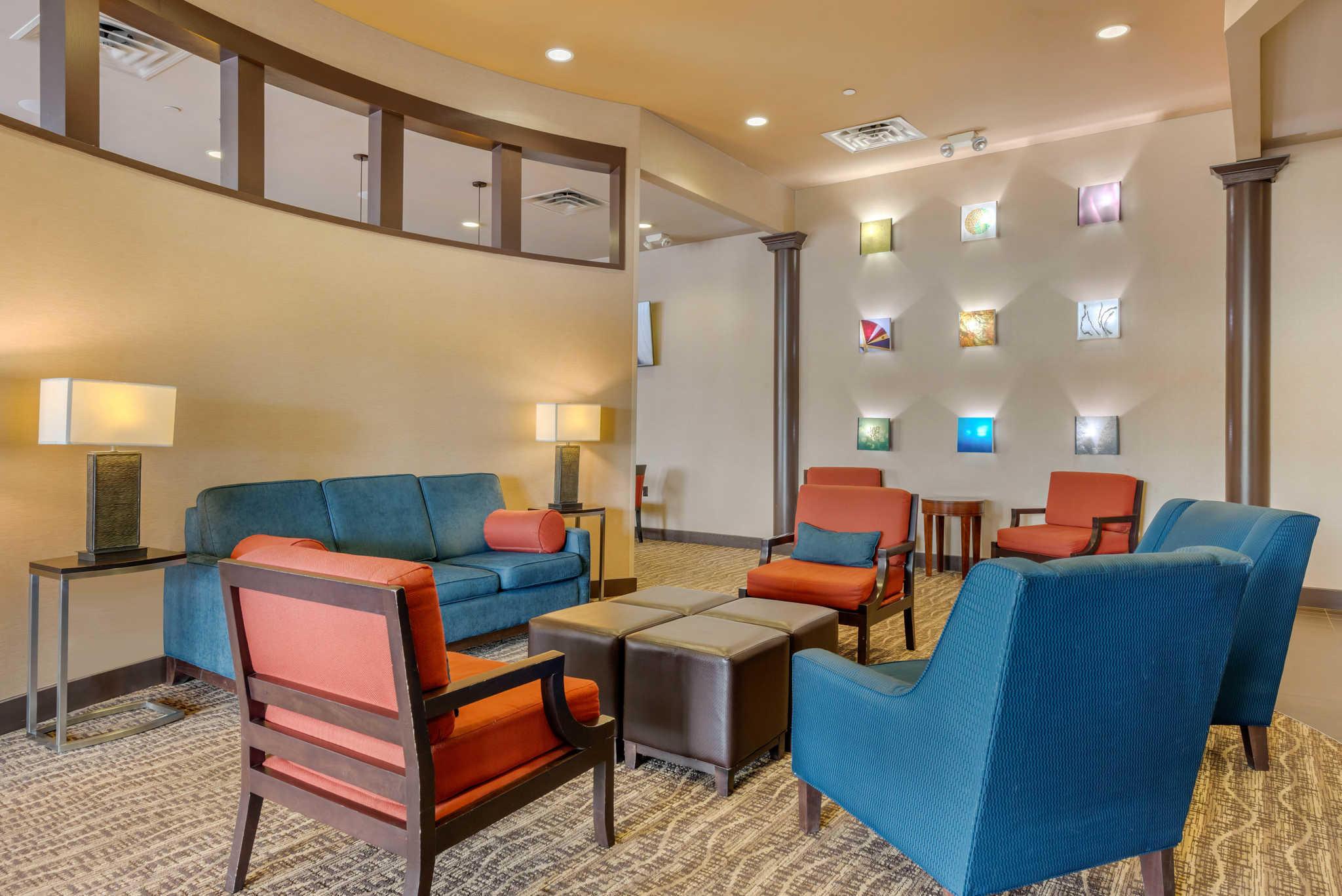 Comfort Inn DFW Airport North image 8