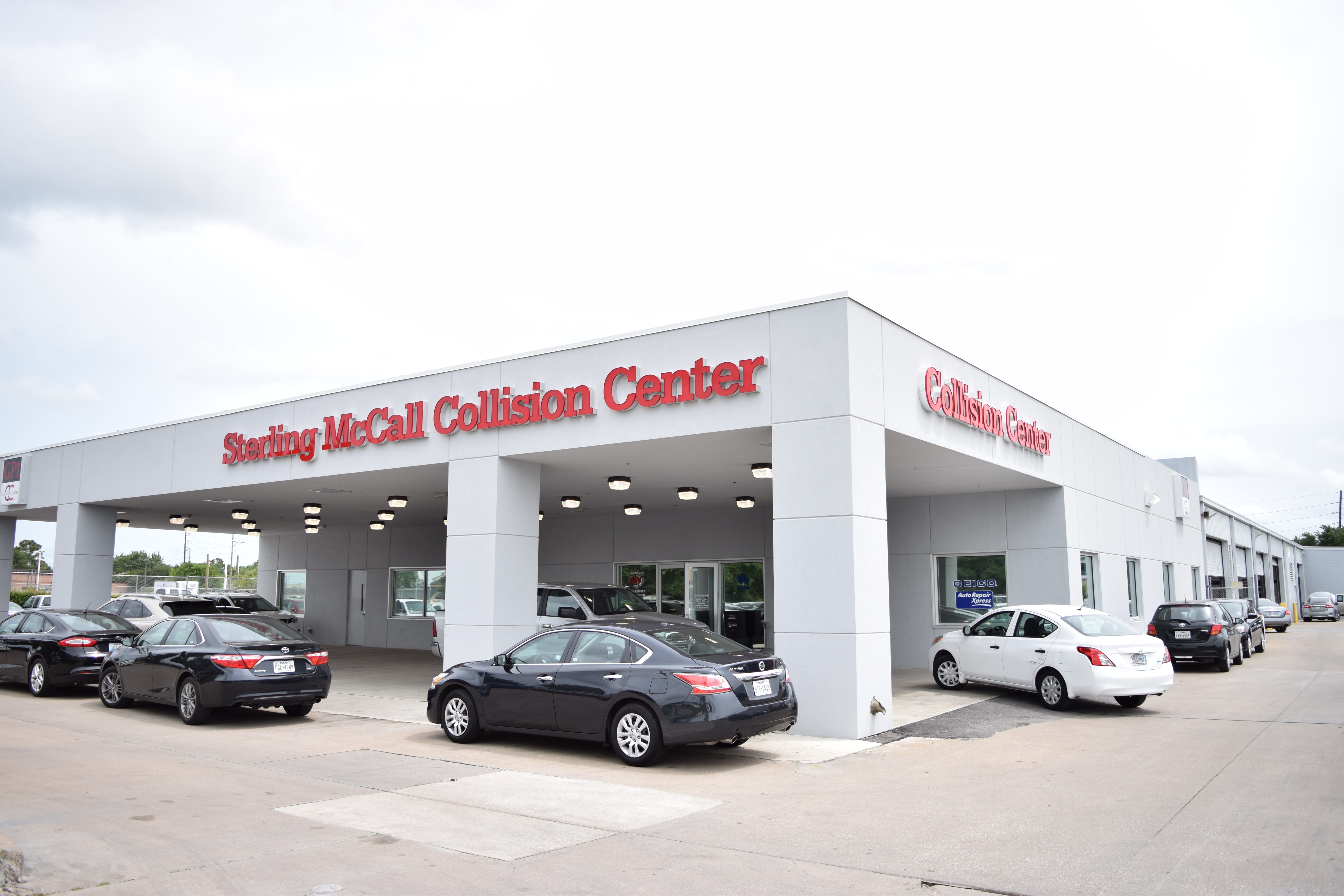sterling mccall nissan collision center of stafford at 12230 southwest freeway stafford tx on fave. Black Bedroom Furniture Sets. Home Design Ideas