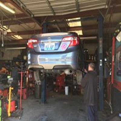 Rob's Auto Repair image 2
