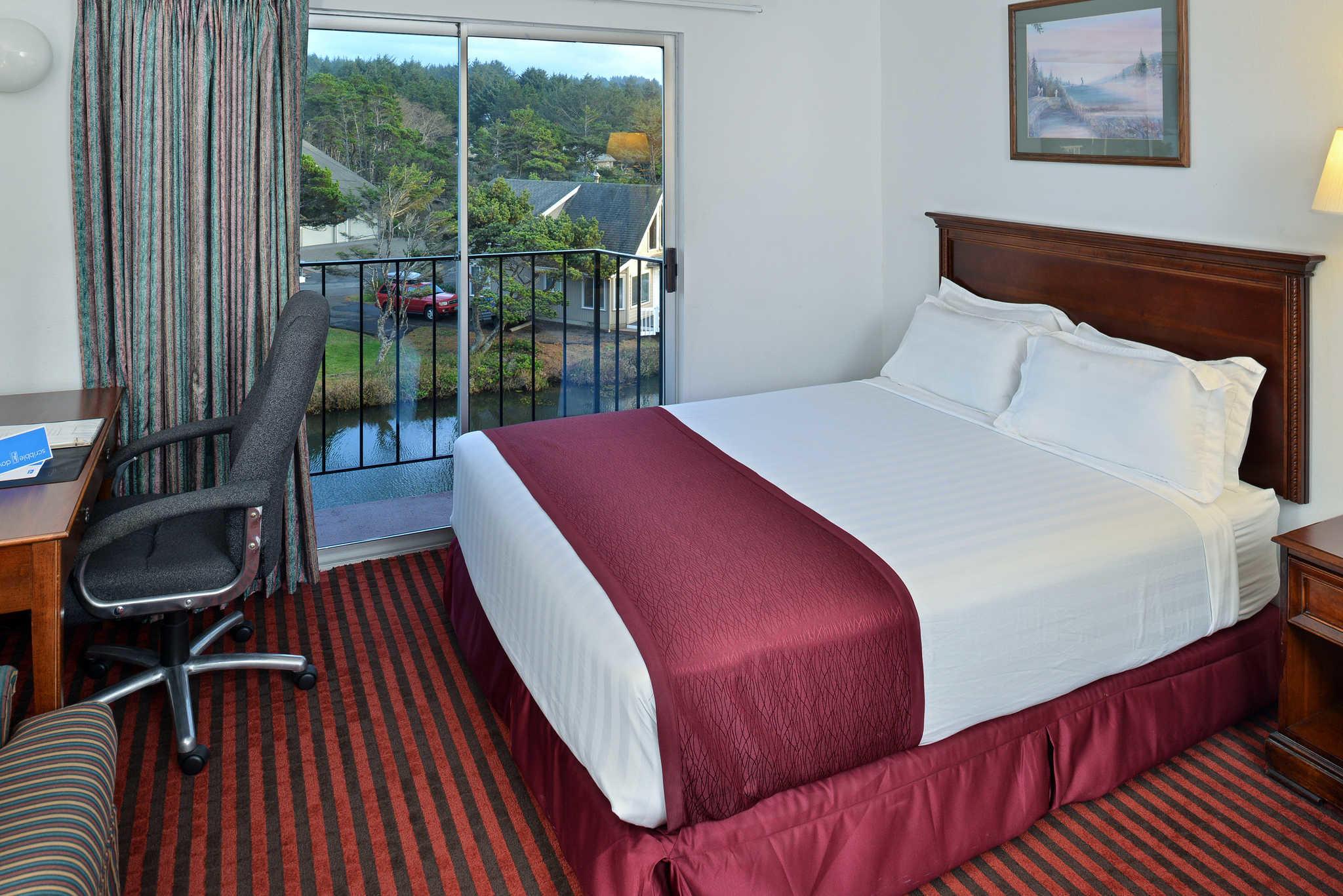 Rodeway Inn & Suites - Closed image 6