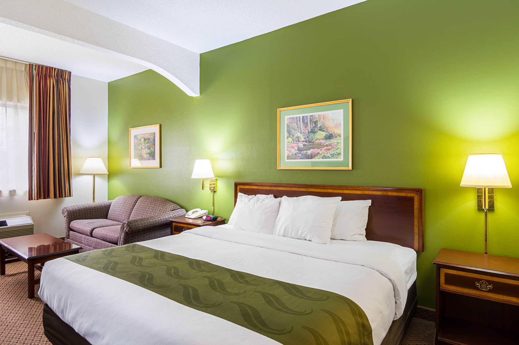 Quality Inn & Suites Kearneysville - Martinsburg image 15