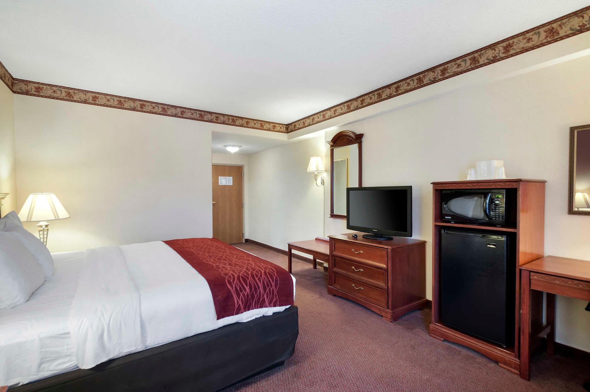 Comfort Inn & Suites Edgewood - Aberdeen image 10
