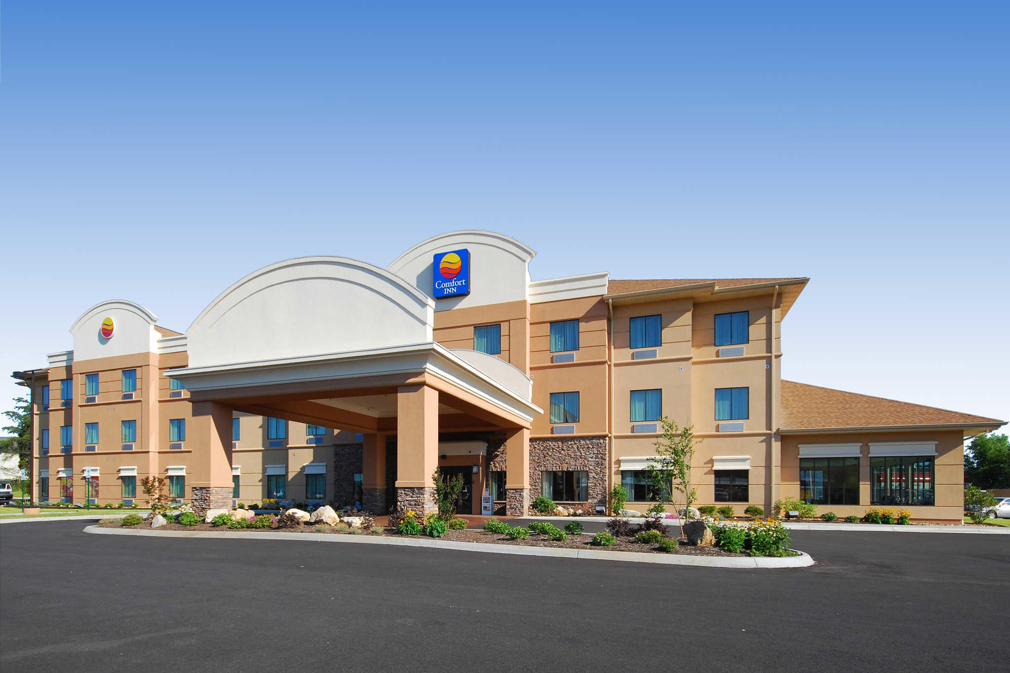 Comfort Inn Powell - Knoxville North image 0
