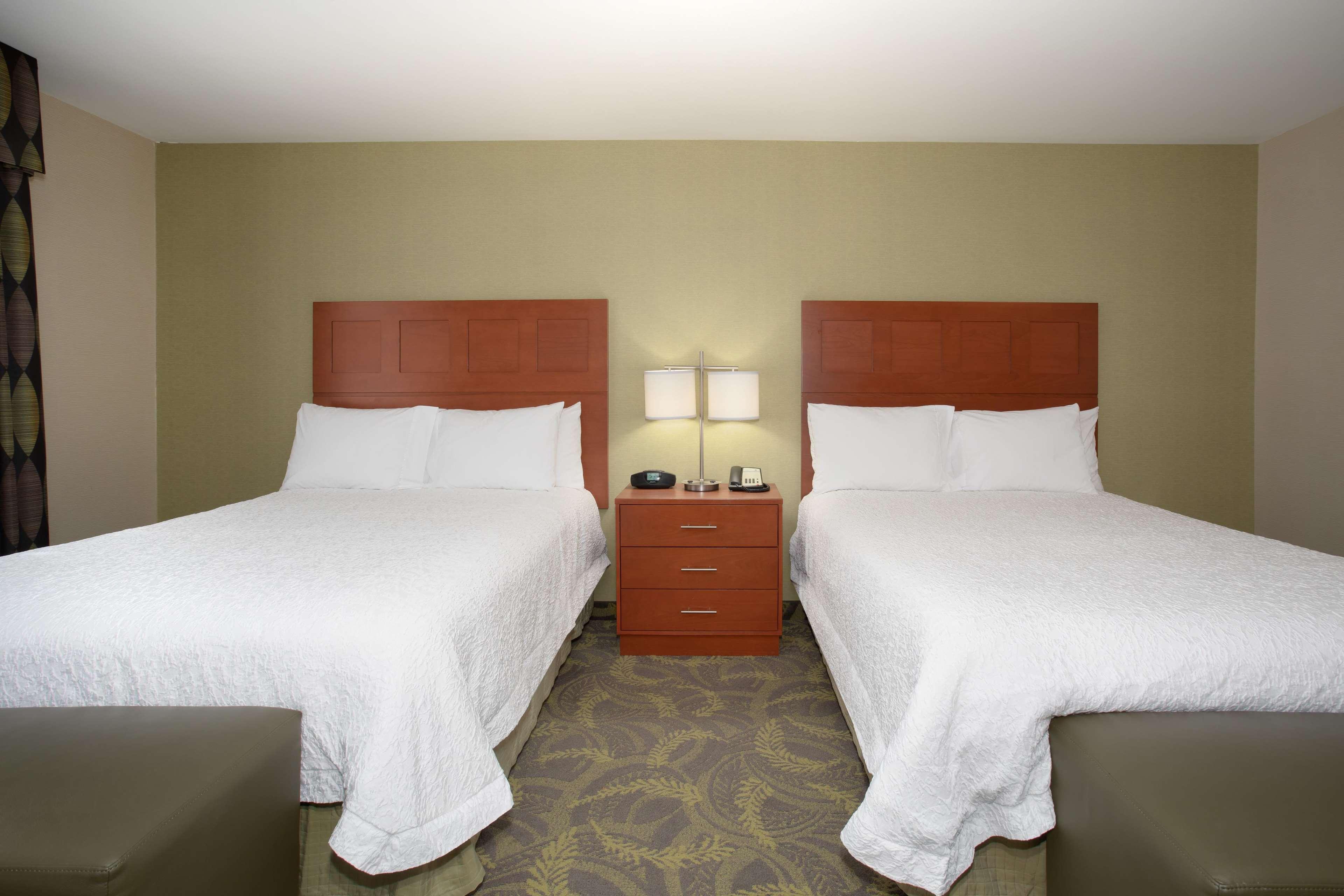Hampton Inn & Suites Astoria image 66