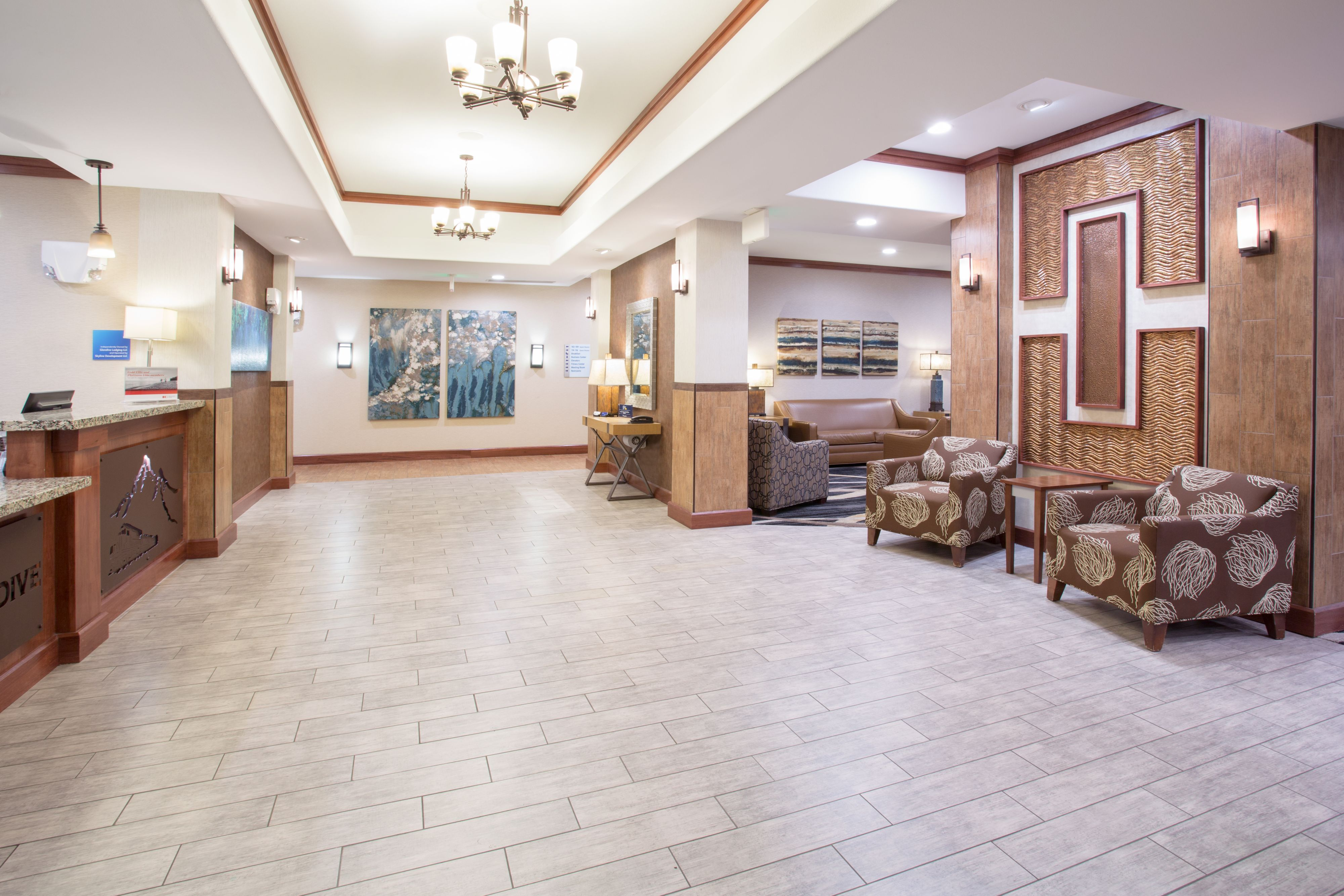 Holiday Inn Express & Suites Glendive image 4