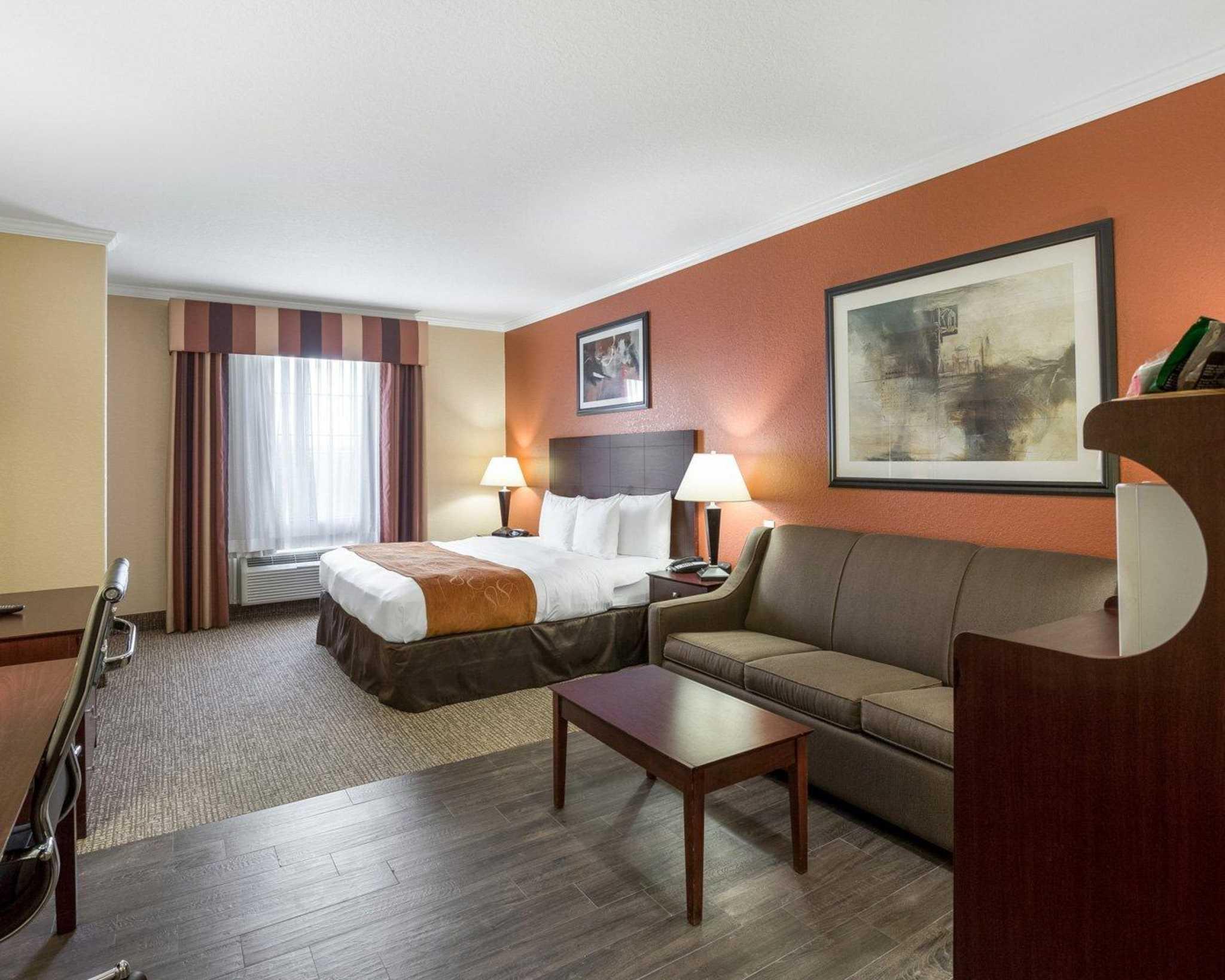 Comfort Suites image 51