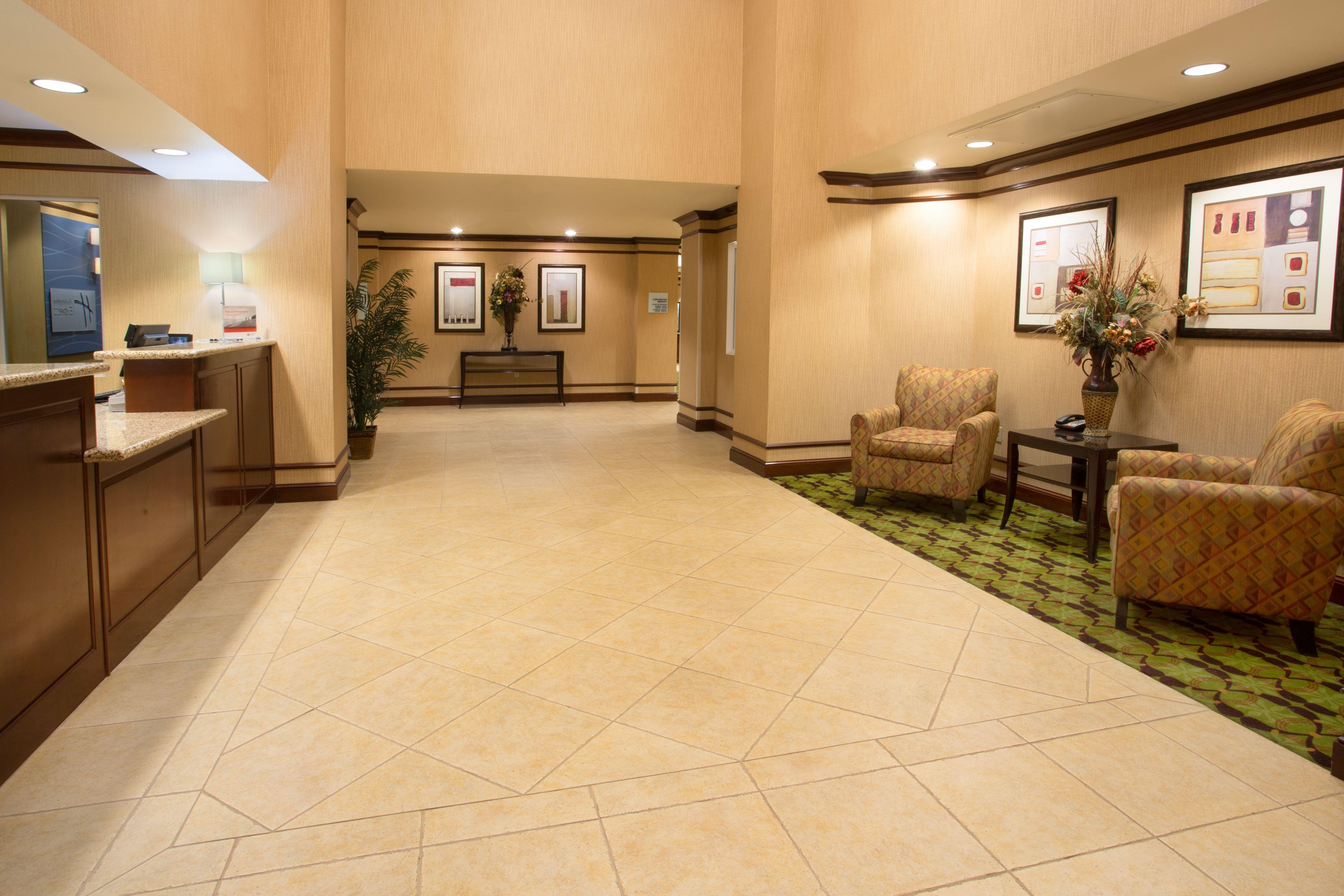 Holiday Inn Express Yreka-Shasta Area image 5