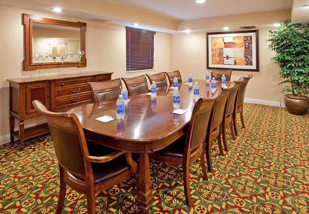 Residence Inn by Marriott Charlotte University Research Park image 17