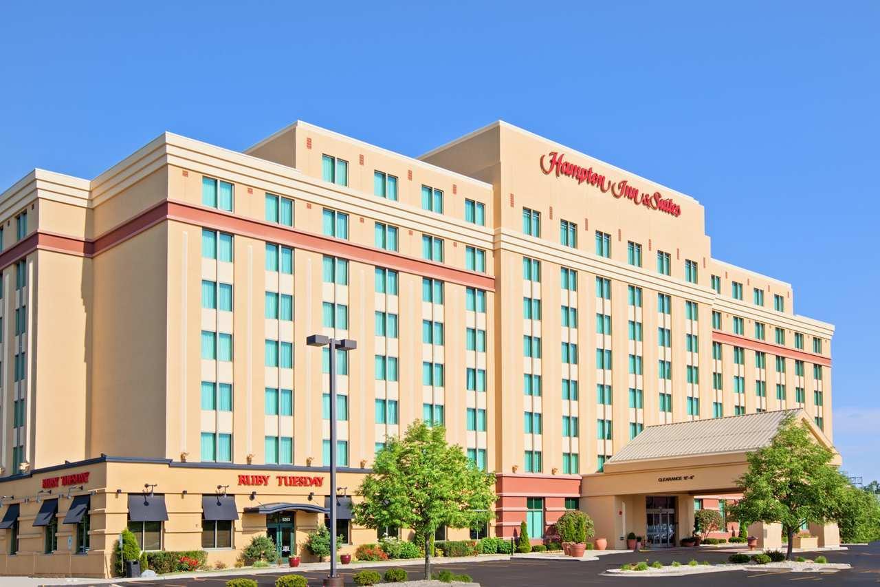 Hampton Inn & Suites Chicago-North Shore/Skokie image 0
