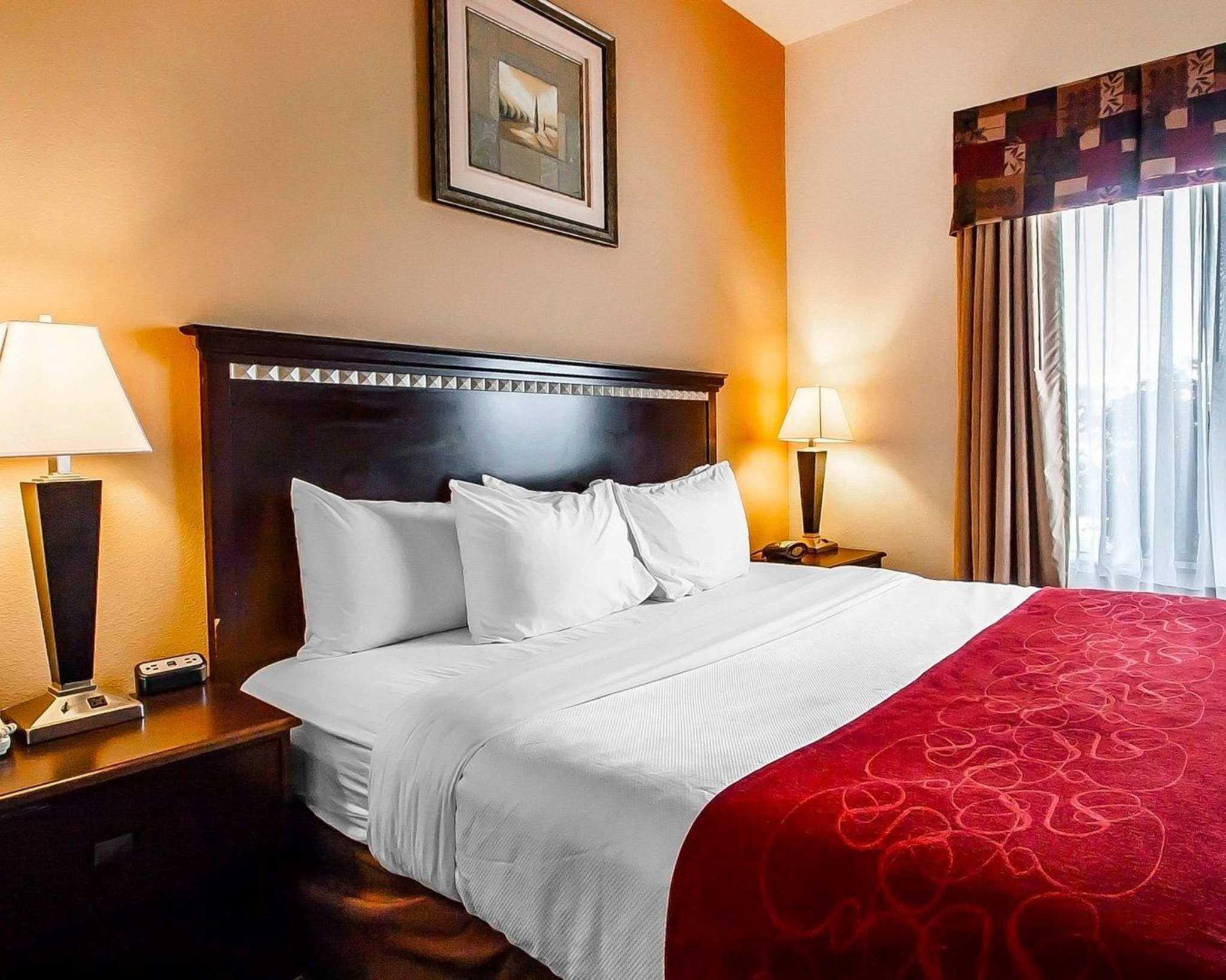 Comfort Suites Jackson-Cape Girardeau image 5