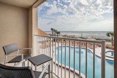 Courtyard by Marriott Jacksonville Beach Oceanfront image 3