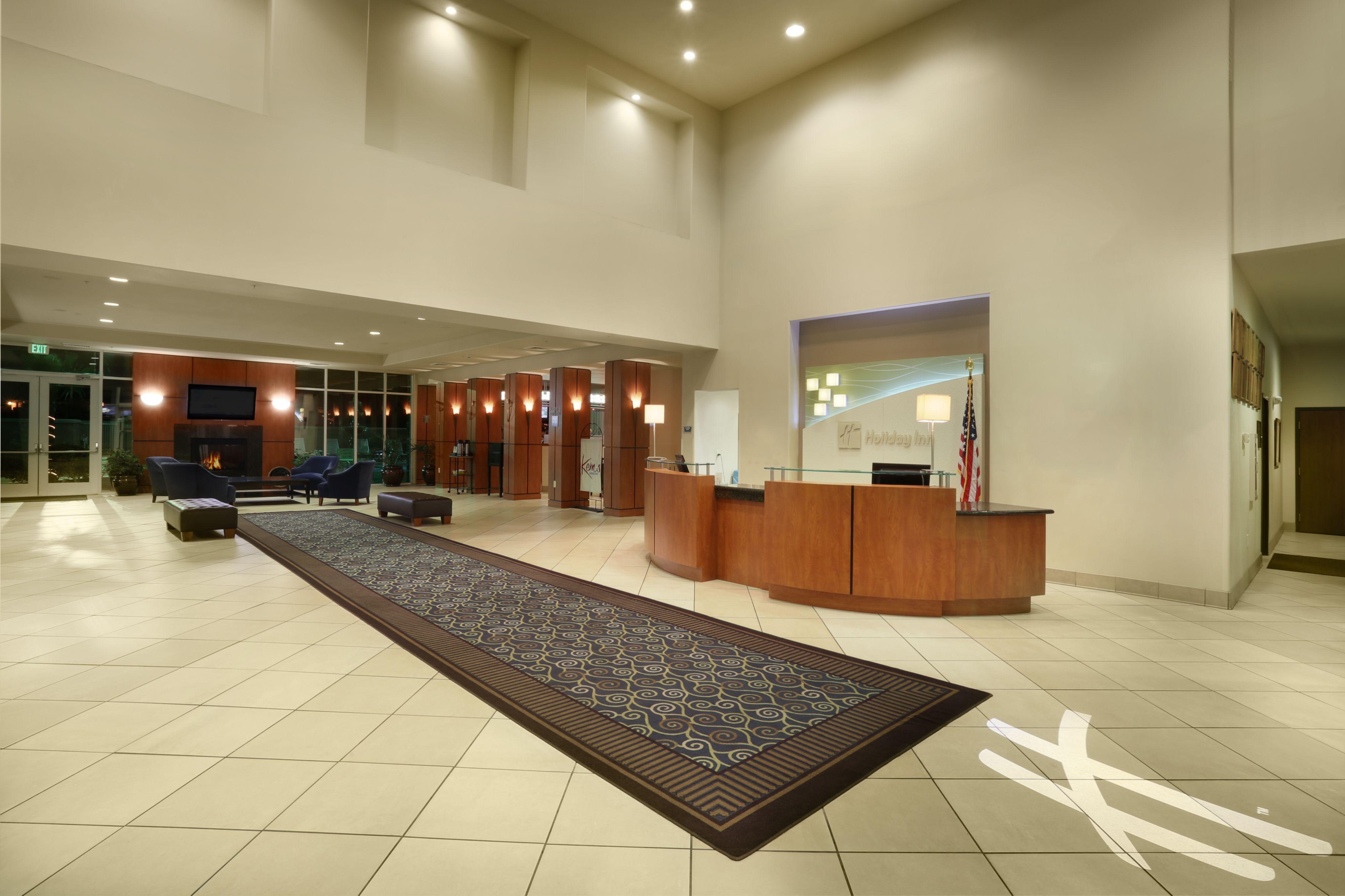 Holiday Inn Yuma image 3