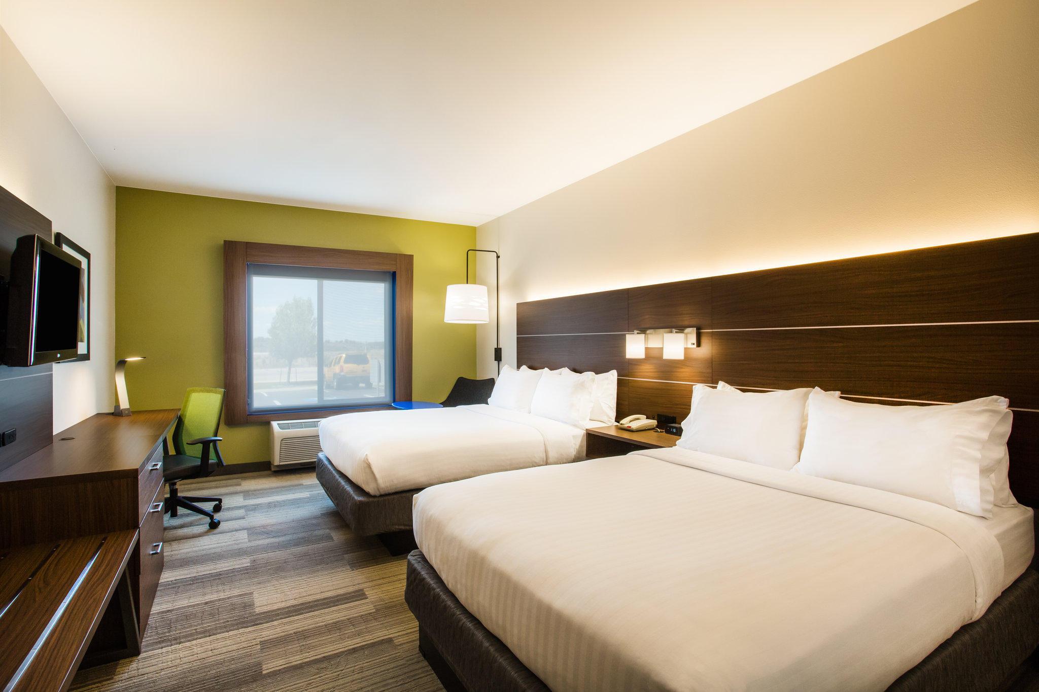 Holiday Inn Express & Suites Cedar City