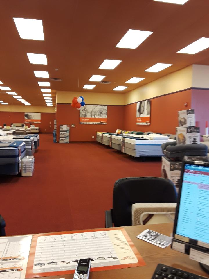 Mattress Firm Clearance image 8