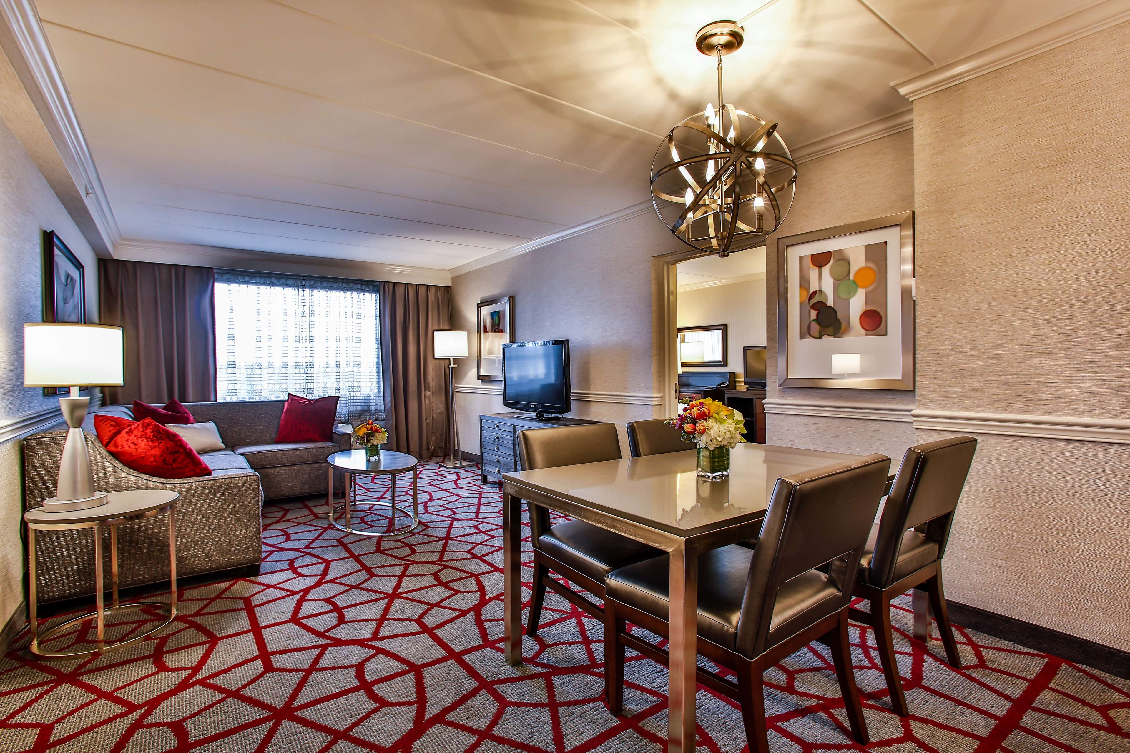DoubleTree by Hilton Hotel Chicago - Alsip image 27